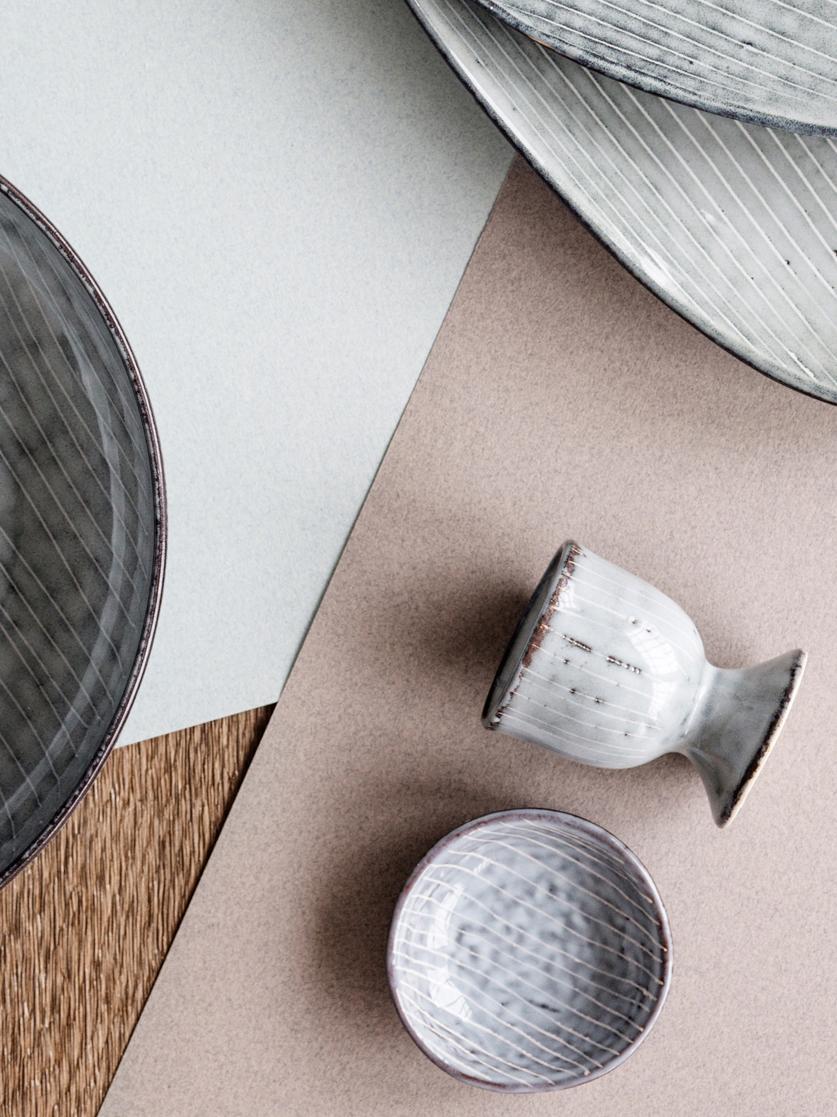 Handgemachte Eierbecher Nordic Sea aus Steingut, 2 Stück, Steingut, Grau- und Blautöne, Ø 5 x H 6 cm