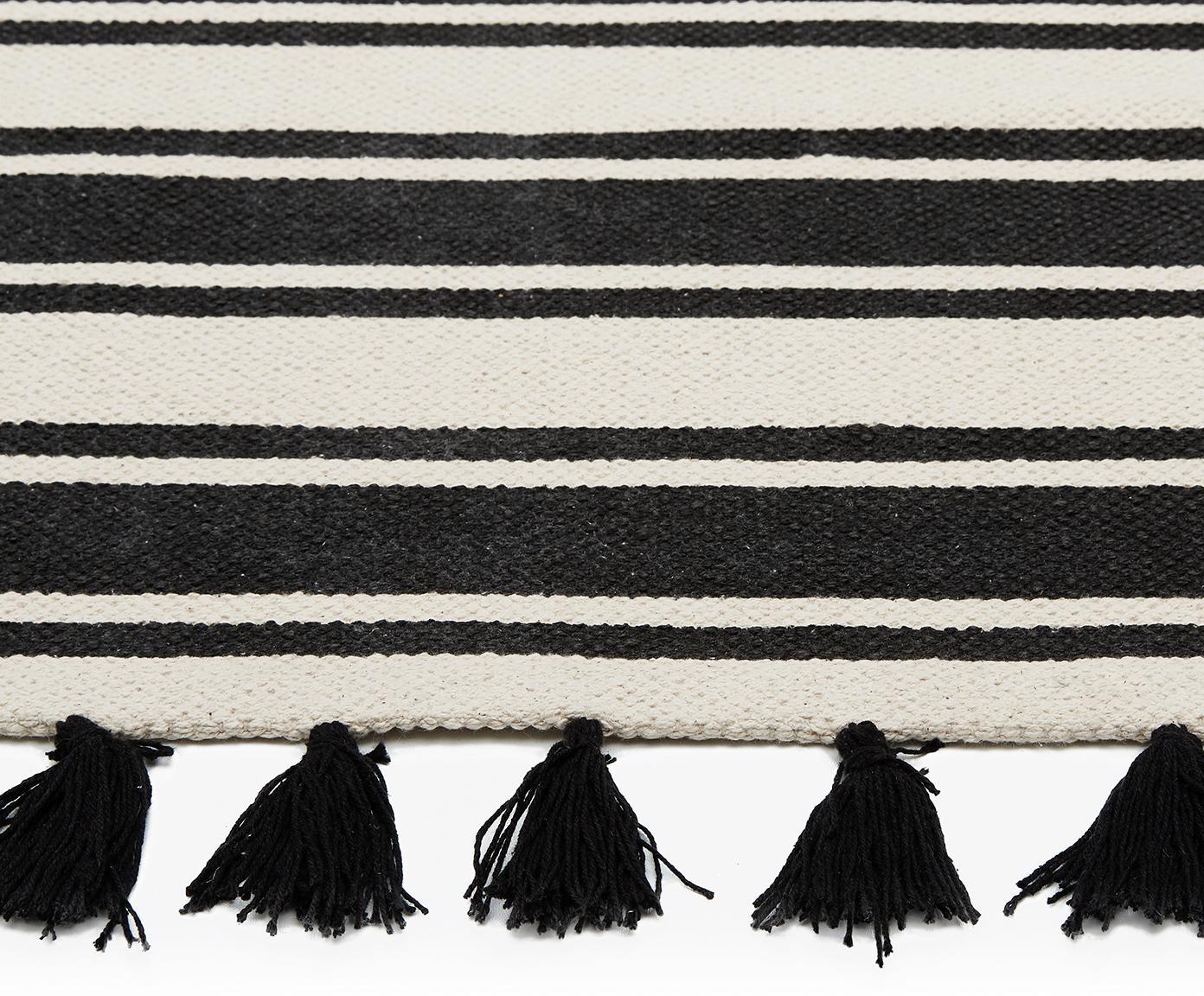 Gestreept handgeweven katoenen vloerkleed Vigga met kwastjes, Zwart, beige, B 120 x L 180 cm (maat S)