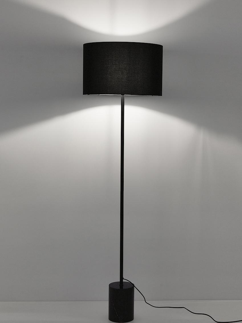 Stehlampe Cody mit Marmorfuß, Lampenschirm: Textil, Lampenfuß: Marmor, Metall, pulverbes, Schwarzer Marmor, Ø 45 x H 159 cm