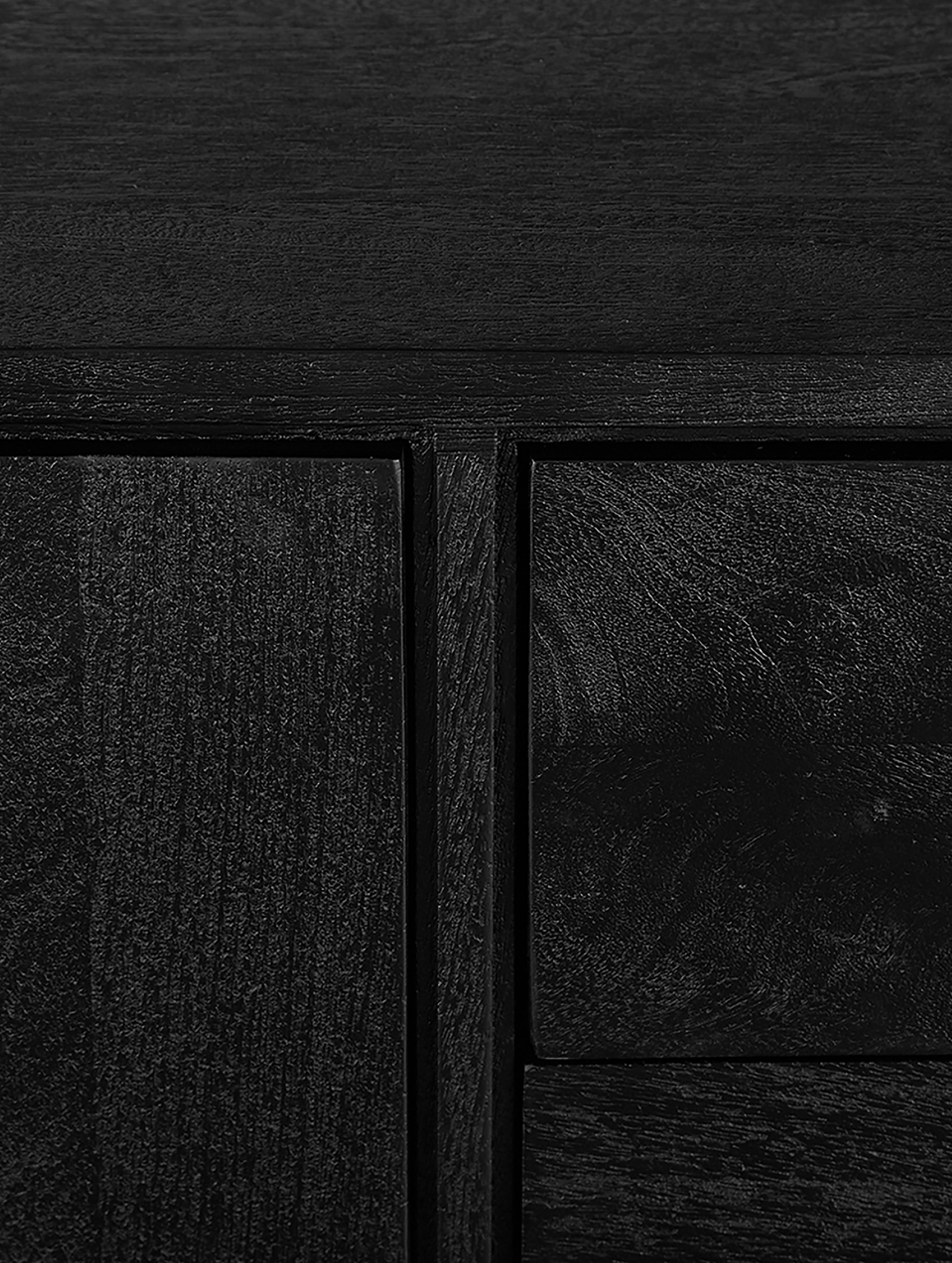 Szafka niska z litego drewna Luca, Korpus: lite drewno mangowe, szcz, Stelaż: metal malowany proszkowo, Korpus: czarny, lakierowany Stelaż: czarny, matowy, S 180 x W 54 cm