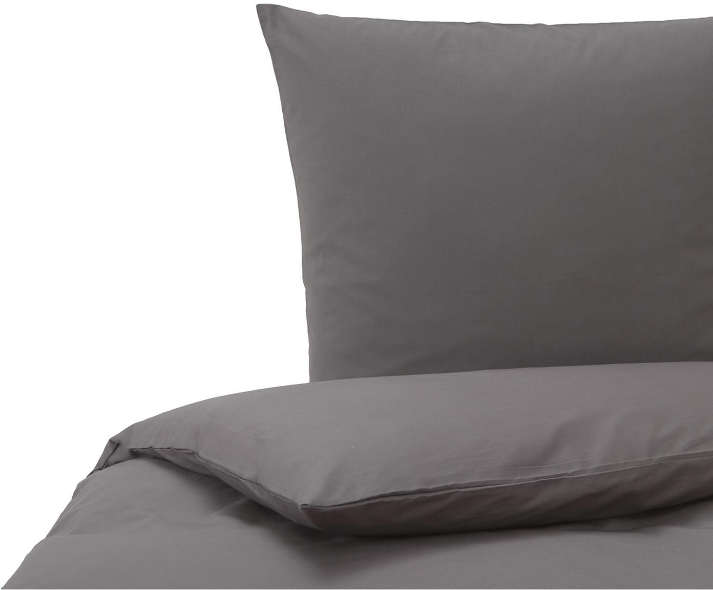 Baumwoll-Bettwäsche Weekend in Anthrazit, 100% Baumwolle Bettwäsche aus Baumwolle fühlt sich auf der Haut angenehm weich an, nimmt Feuchtigkeit gut auf und eignet sich für Allergiker., Anthrazit, 135 x 200 cm + 1 Kissen 80 x 80 cm