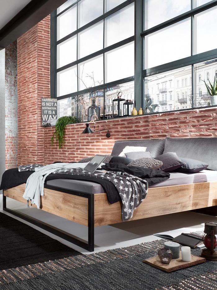 Łóżko z drewna z zagłówkiem ze sztucznej skóry Detroit, Nogi: metal malowany proszkowo, Szary, 160 x 200 cm