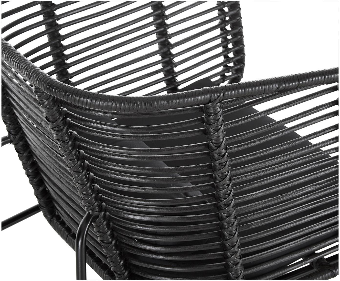 Krzesło z rattanu z podłokietnikami Merete, Stelaż: metal malowany proszkowo, Siedzisko: czarnyStelaż: czarny, matowyPoszewki: czarny, S 72 x G 74 cm