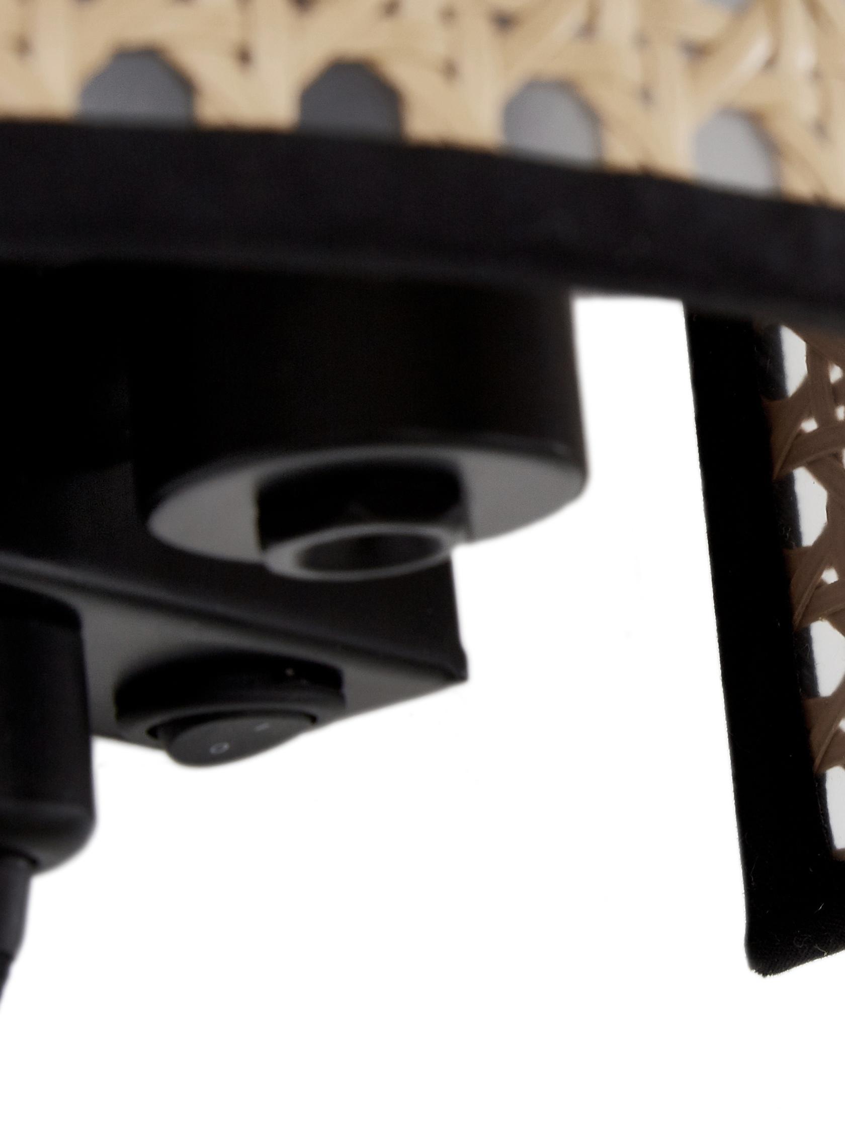 Applique en cannage avec prise secteur Vienna, Abat-jour: beige, noir Structure: noir, mat