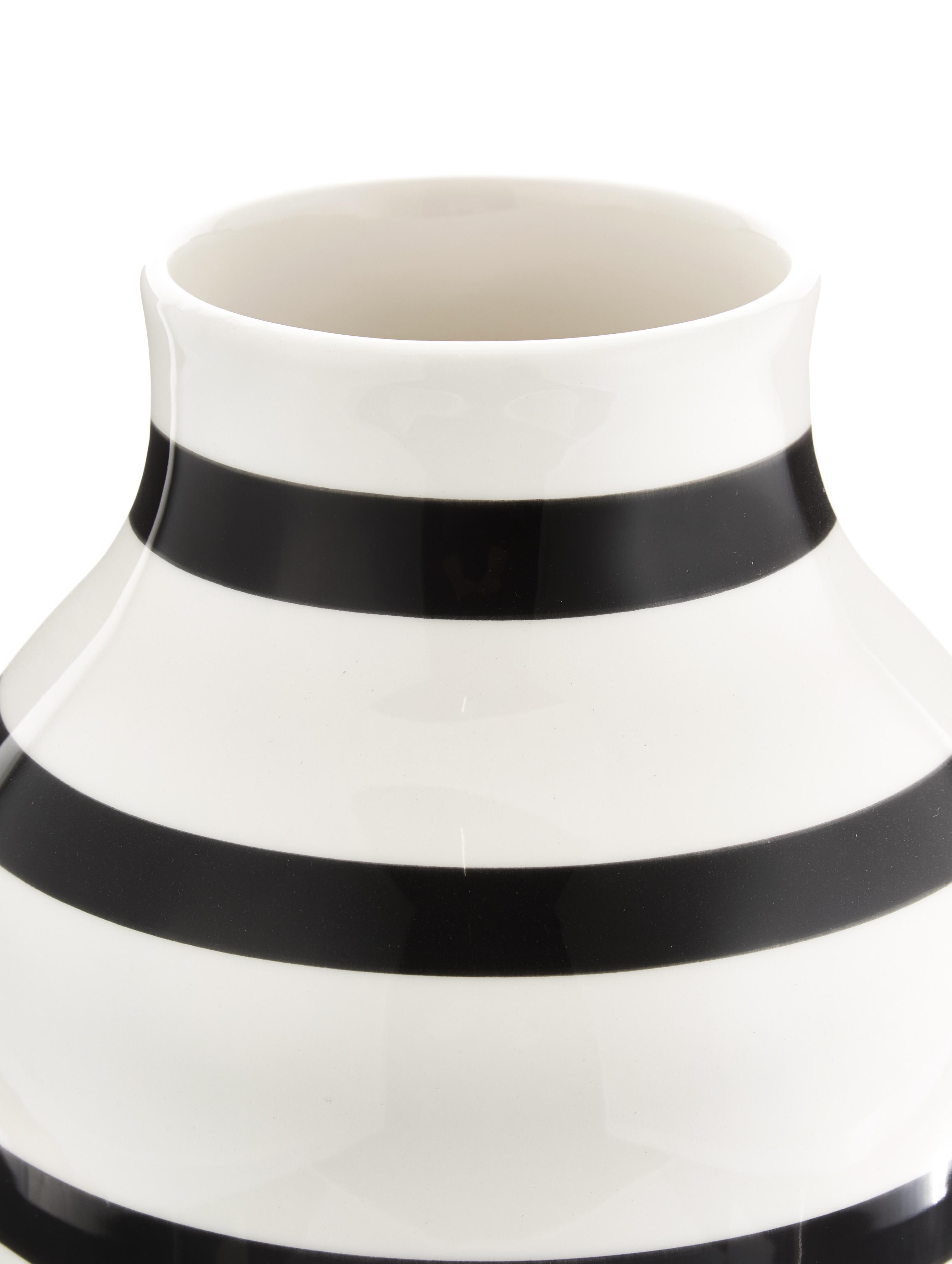Große handgefertigte Design-Vase Omaggio, Keramik, Schwarz, Weiß, Ø 20 x H 31 cm