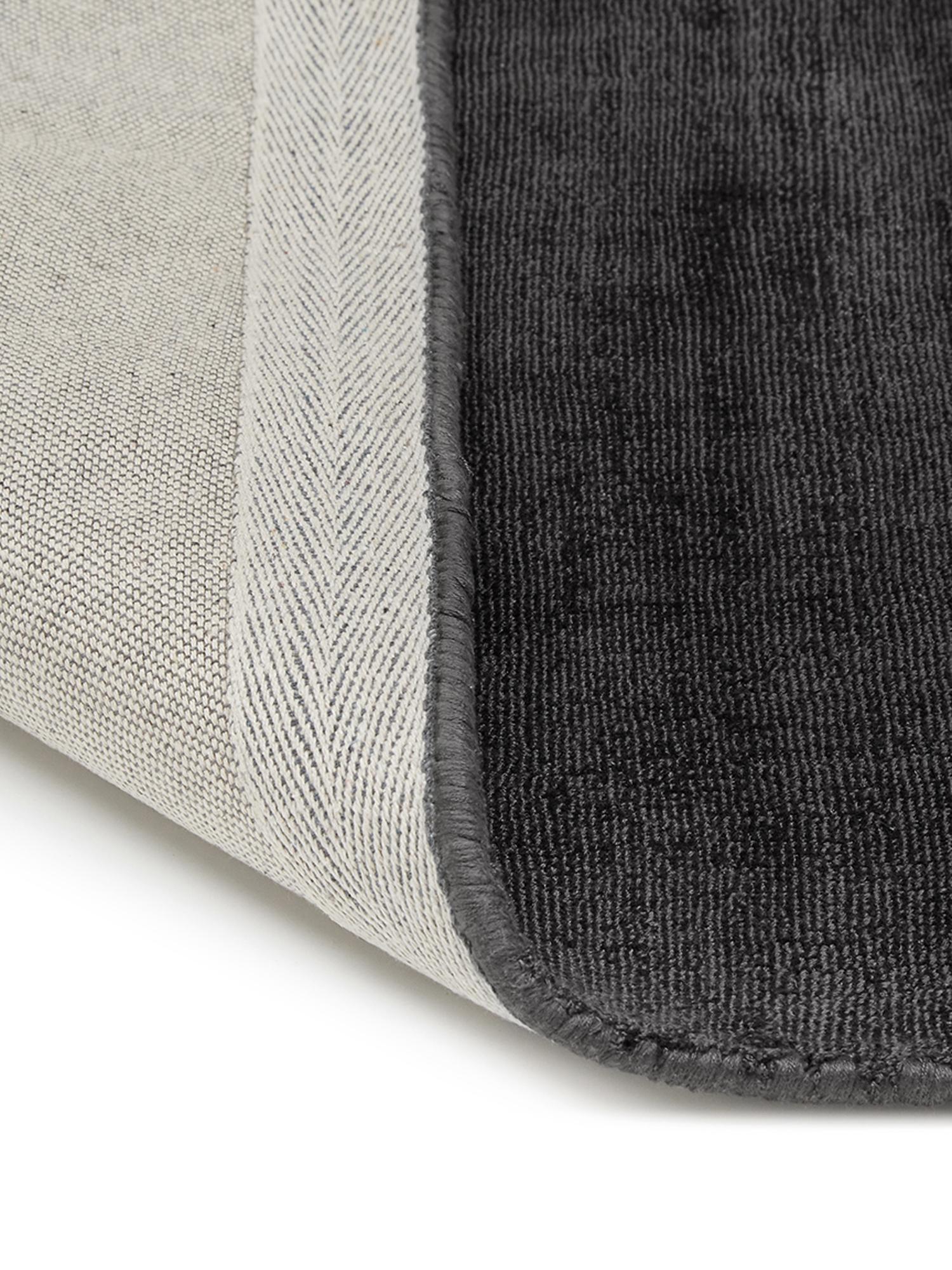 Alfombra artesanal de viscosa Jane, Parte superior: 100%viscosa, Reverso: 100%algodón, Negro antracita, An 120 x L 180 cm (Tamaño S)