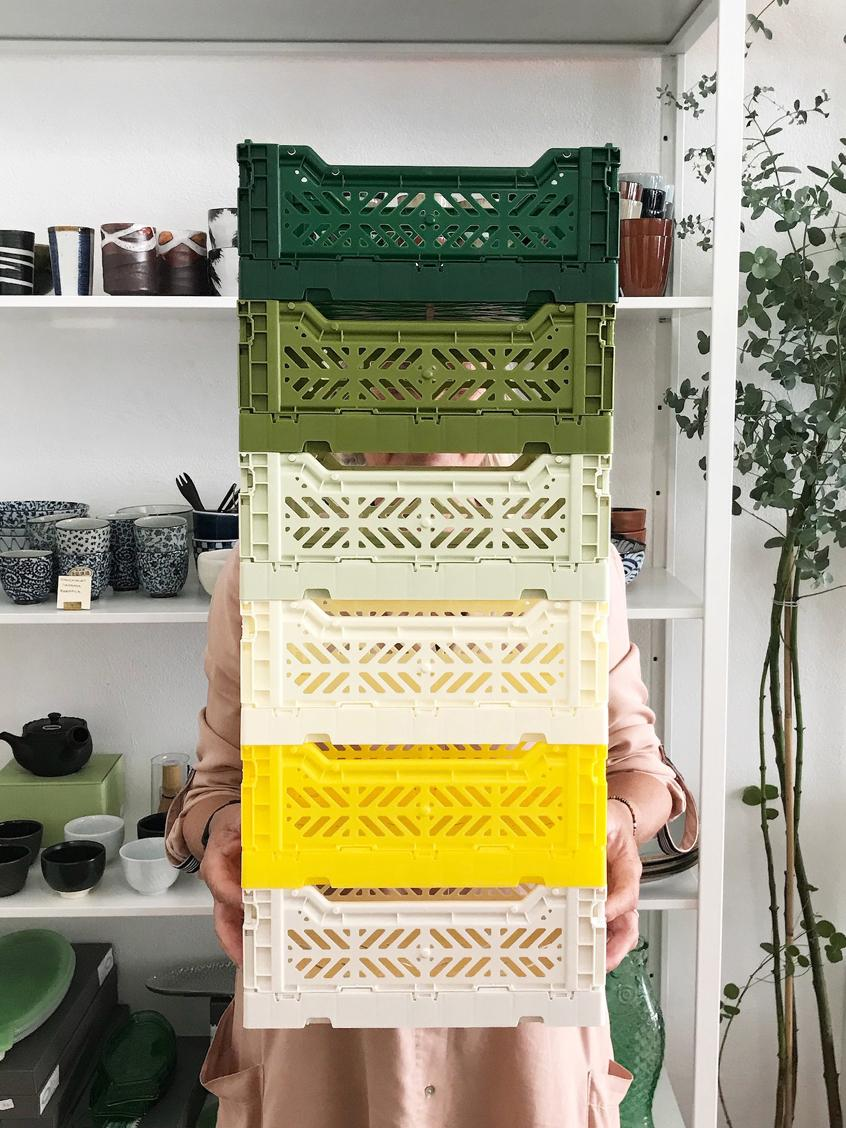 Cesto medio pieghevole e impilabile Midi, Materiale sintetico riciclato, Bianco latteo, Larg. 40 x Alt. 14 cm