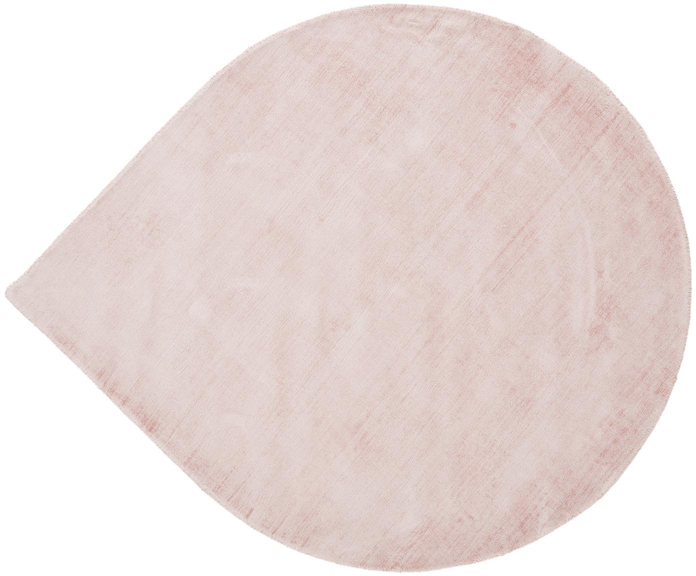 Ręcznie tkany dywan z wiskozy w kształcie łzy Jane Drop, Blady różowy, ∅ 150 cm (Rozmiar M)