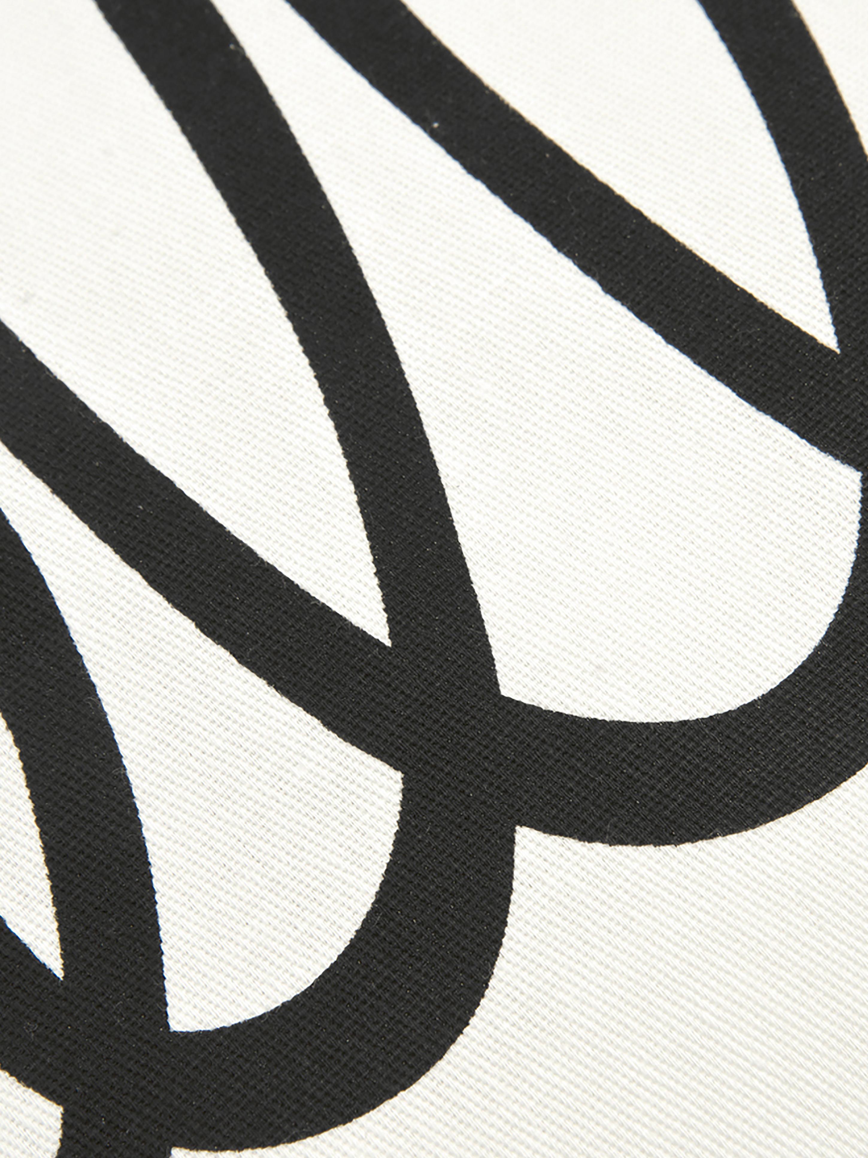Kissenhülle Hello mit Schriftzug in Schwarz/Weiß, 100% Baumwolle, Panamabindung, Schwarz, Cremeweiß, 40 x 40 cm