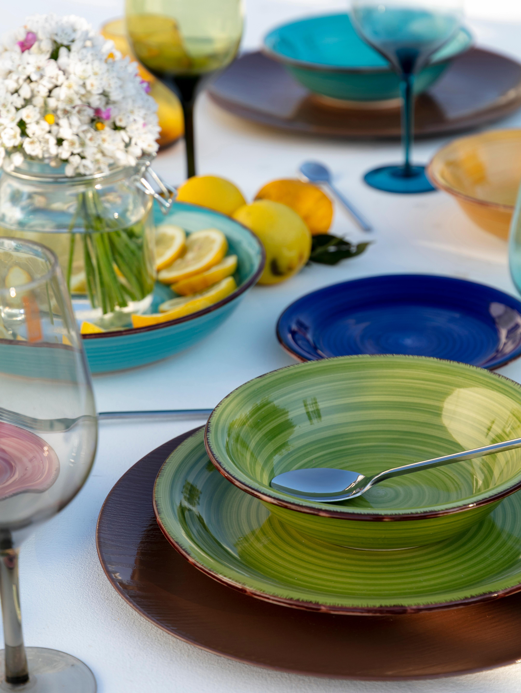 Set 18 piatti dipinti a mano Baita, Terracotta (Hard Dolomite), dipinto a mano, Blu scuro, rosso, verde, turchese, giallo, arancione chiaro, Set in varie misure
