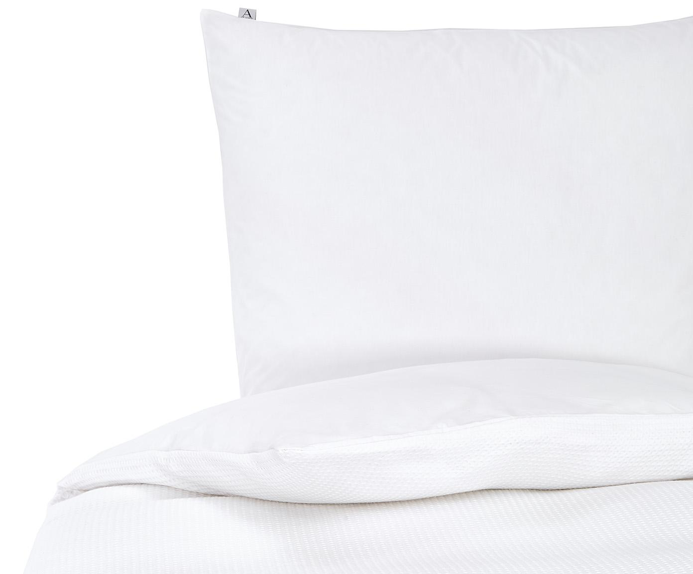 Waffelpiqué-Bettwäsche Waffle Living aus Baumwolle, 100% Baumwolle  Fadendichte 78 TC, Standard Qualität  Bettwäsche aus Baumwolle fühlt sich auf der Haut angenehm weich an, nimmt Feuchtigkeit gut auf und eignet sich für Allergiker, Weiß, 135 x 200 cm + 1 Kissen 80 x 80 cm