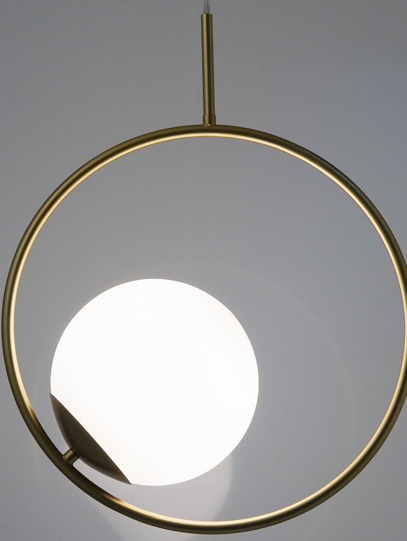 Hanglamp Chloe van glas en metaal, Lampenkap: glas, Wit, messingkleurig, Ø 20 x H 40 cm