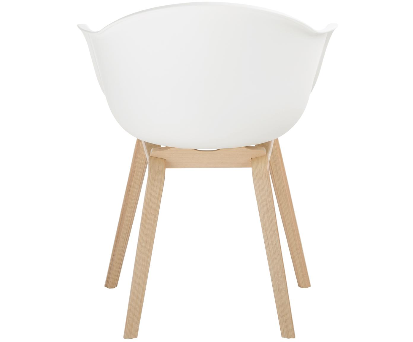 Kunststoffen armstoel Claire met houten poten, Zitvlak: kunststof, Poten: beukenhout, Zitvlak: wit. Poten: beukenhoutkleurig, B 61 x D 58 cm