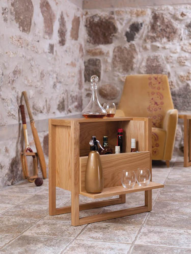 Mini-Bar NewEst, Korpus: Mitteldichte Holzfaserpla, Eichenholz, 59 x 60 cm