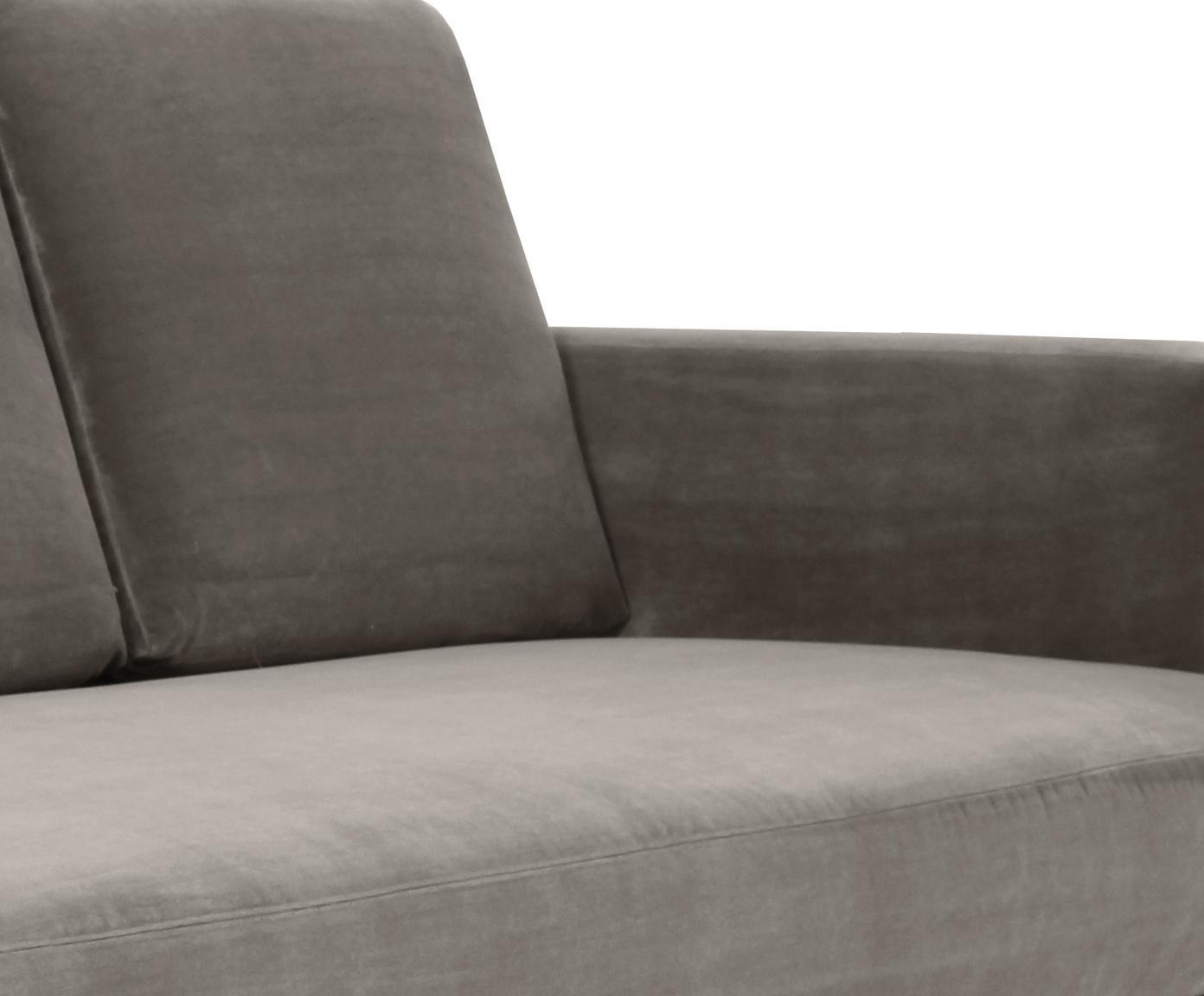 Chaise longue in velluto grigio Fluente, Rivestimento: velluto (copertura in pol, Struttura: legno di pino massiccio, Piedini: metallo verniciato, Velluto grigio marrone, Larg. 201 x Prof. 83 cm