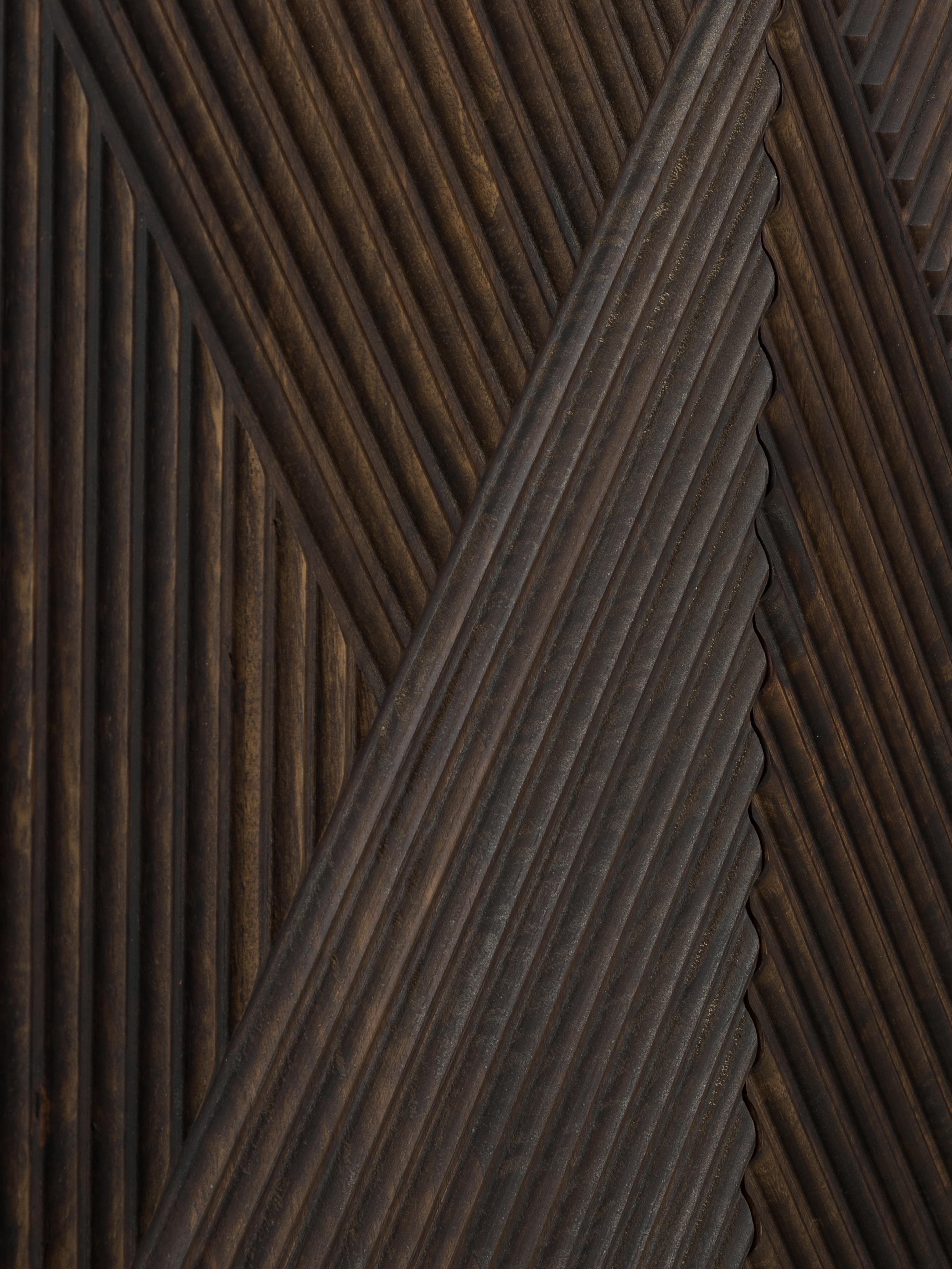 Credenza in legno massello di mango Louis, Legno massello di mango, Legno di mango verniciato, Larg. 177 x Alt. 75 cm