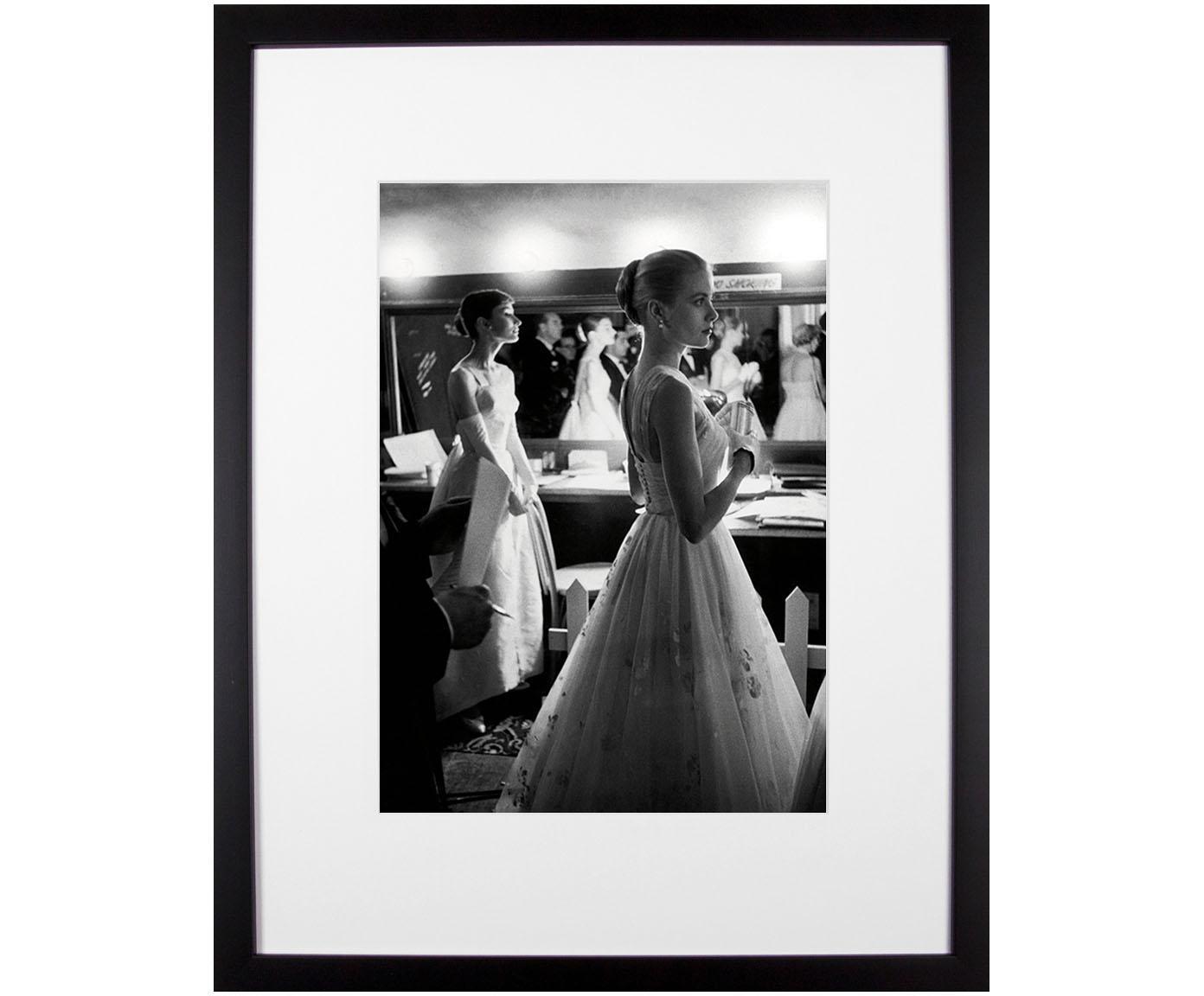 Oprawiony druk cyfrowy Grace Kelly & Audrey Hepburn, Oscars, Stelaż: tworzywo sztuczne (PU), Ilustracja: czarny, biały Stelaż: czarny, S 35 x W 45 cm