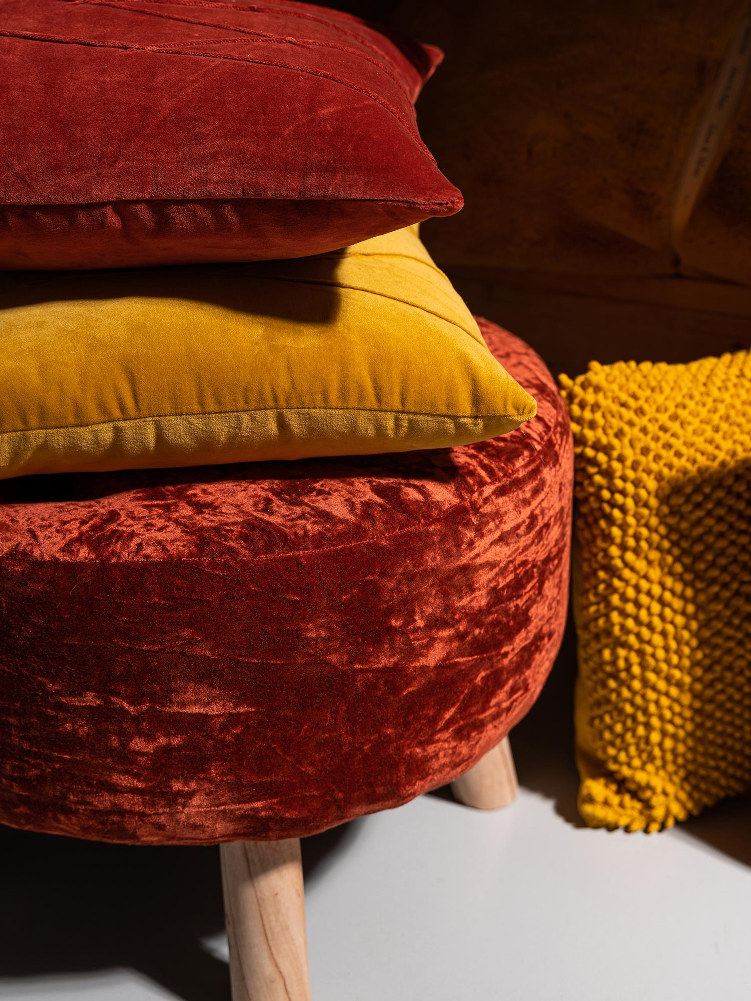 Samt-Kissen Pintuck, mit Inlett, Bezug: 55% Rayon, 45% Baumwolle, Webart: Samt, Bordeauxrot, 45 x 45 cm