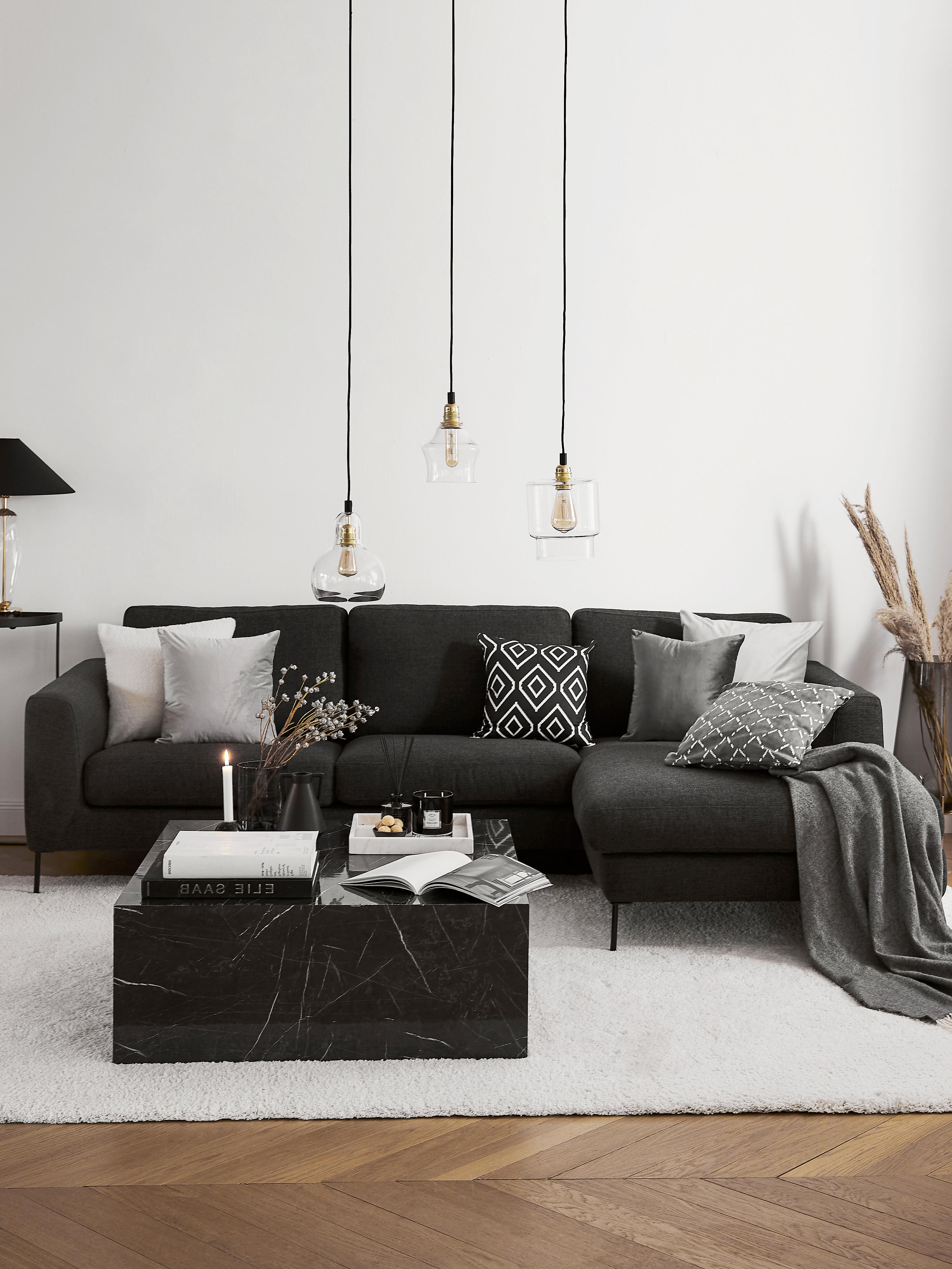 Ecksofa Cucita (4-Sitzer), Bezug: Webstoff (Polyester) Der , Gestell: Massives Kiefernholz, Füße: Metall, lackiert, Webstoff Anthrazit, B 302 x T 163 cm