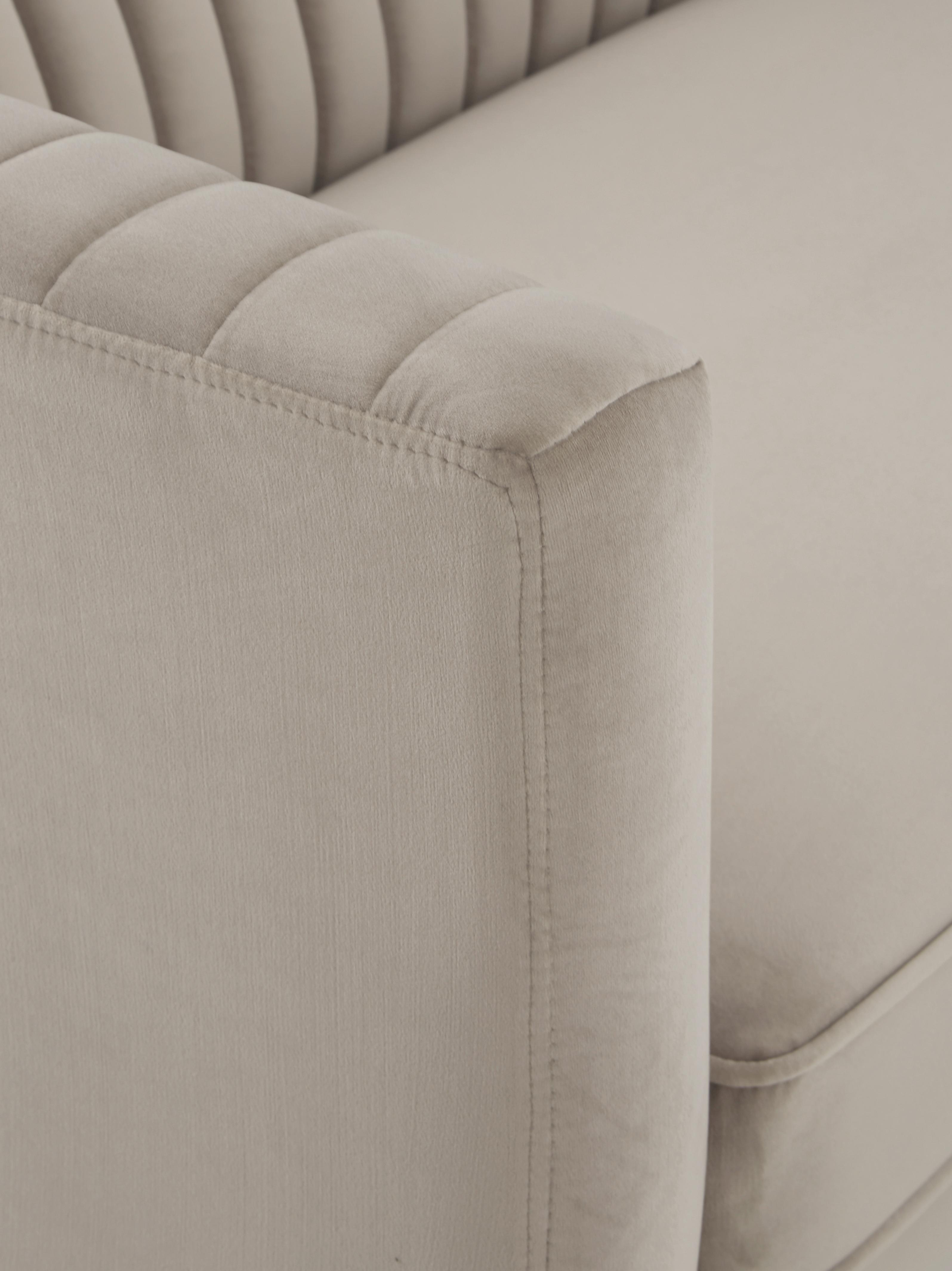 Samt-Sofa Dante (2-Sitzer), Bezug: Polyestersamt, Gestell: Kautschukbaumholz, klarla, Webstoff Beige, B 174 x T 87 cm