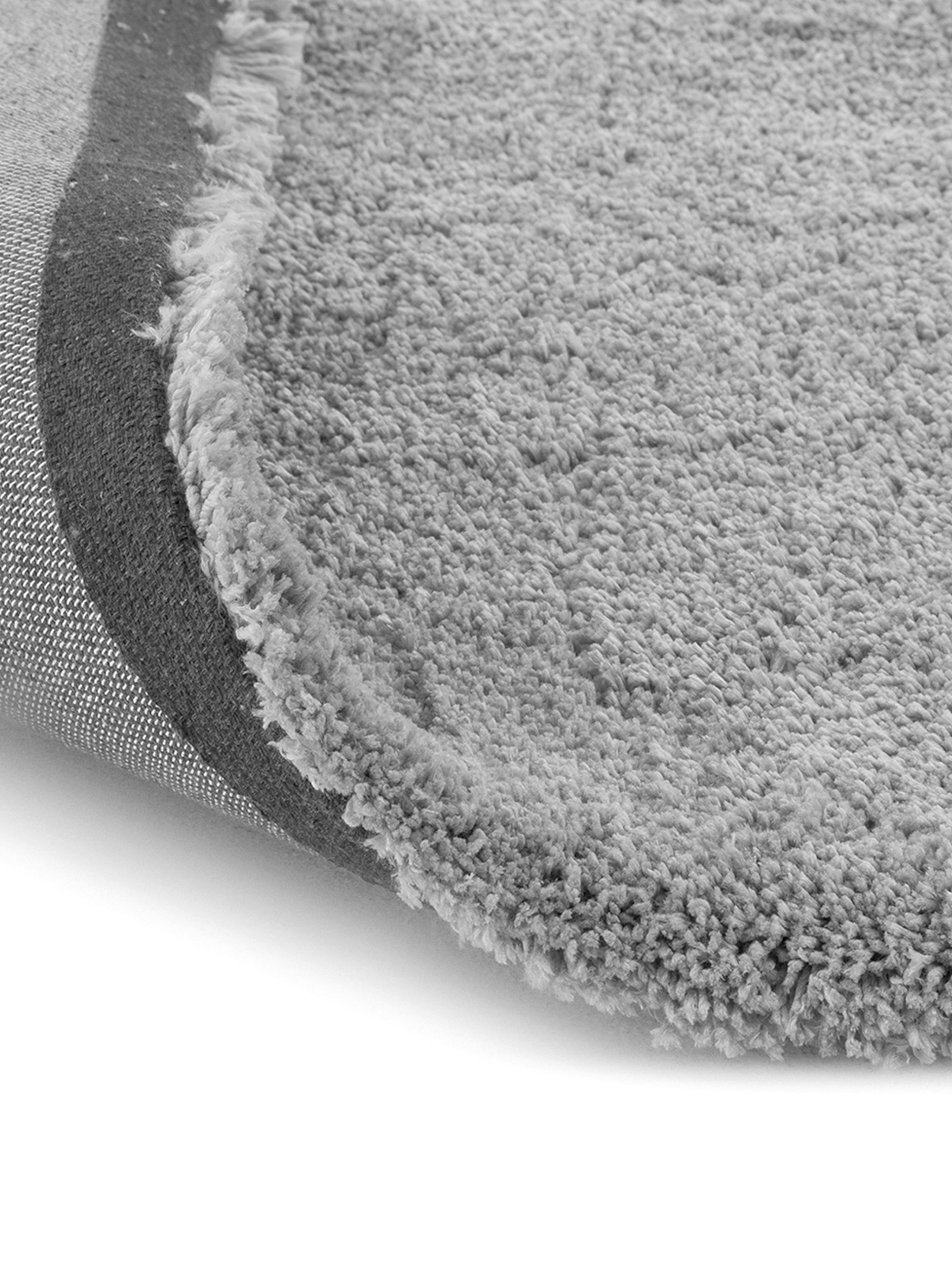 Pluizig hoogpolig vloerkleed Leighton in grijs, Bovenzijde: 100% polyester (microveze, Onderzijde: 70% polyester, 30% katoen, Donkergrijs, B 80 x L 150 cm (maat XS)