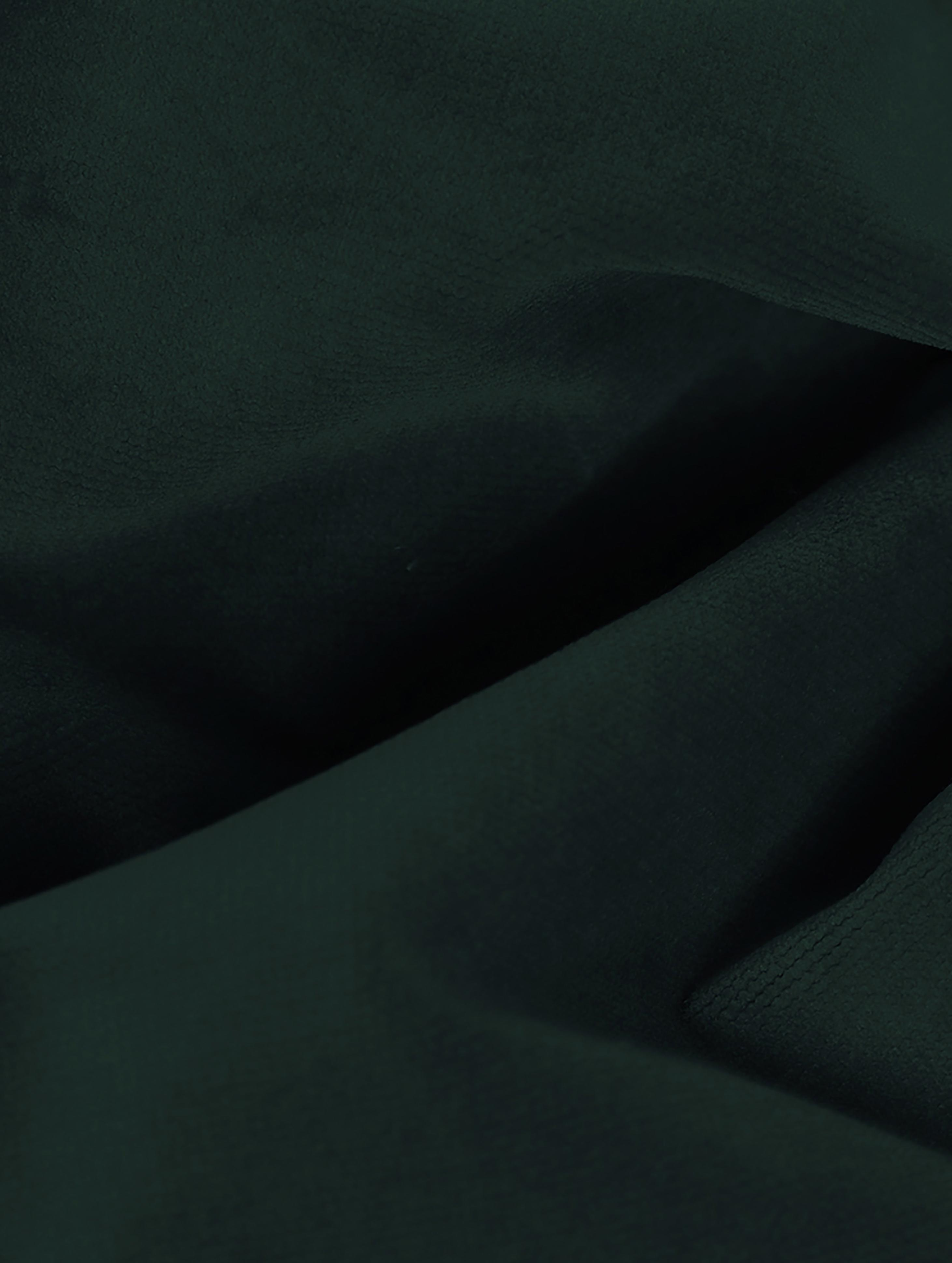 Divano 2 posti in velluto verde scuro Moby, Rivestimento: velluto (rivestimento in , Struttura: legno di pino massiccio, Piedini: metallo verniciato a polv, Velluto verde scuro, Larg. 170 x Prof. 95 cm