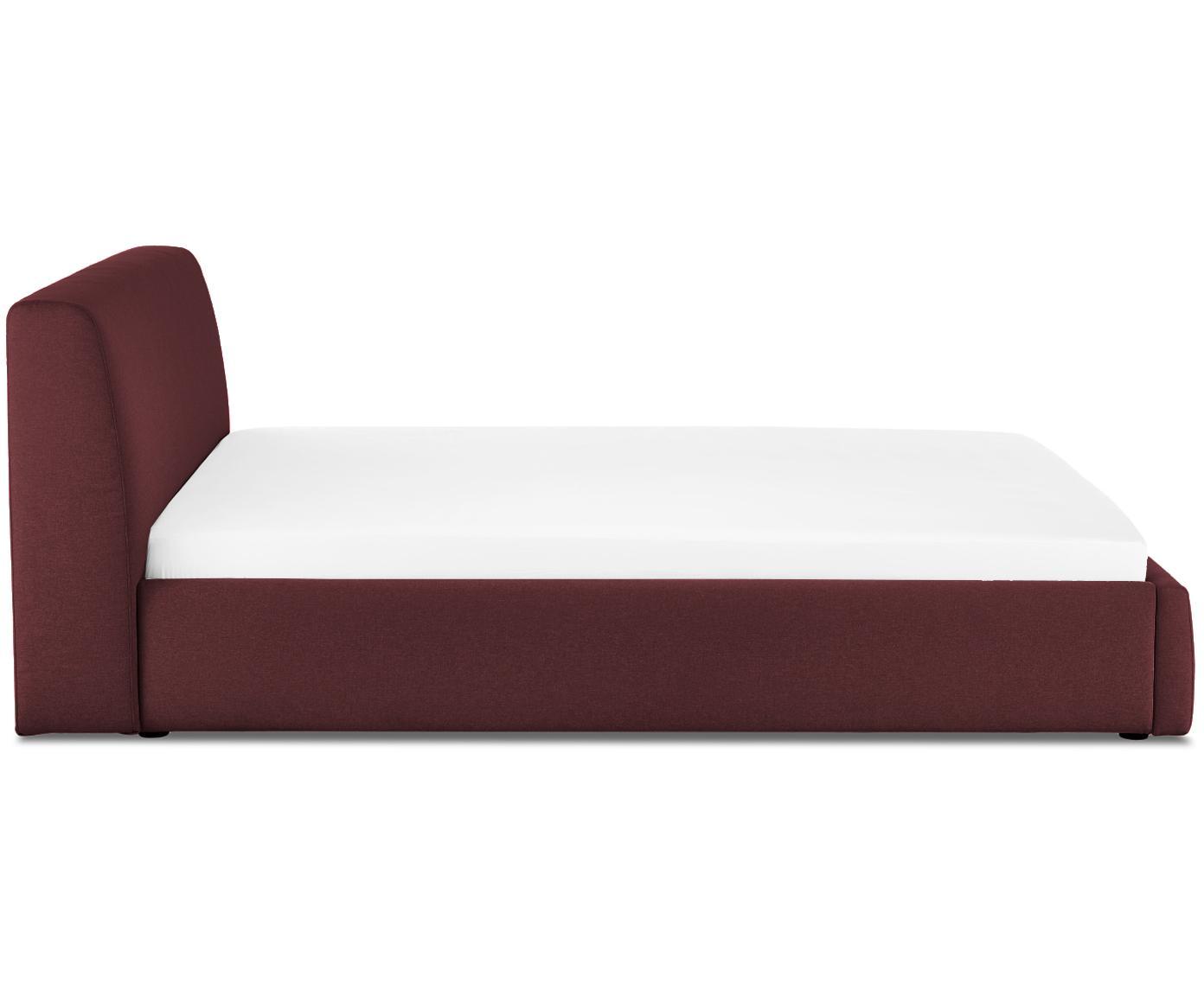 Gestoffeerd bed Cloud, Frame: massief grenenhout, Bekleding: polyester (structuurstof), Bordeauxrood, 180 x 200 cm