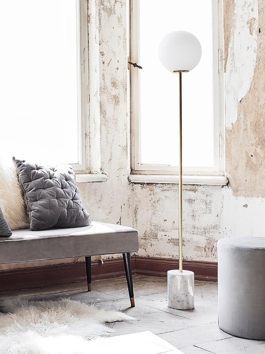 Lámpara de pie con base de mármol Cory, Pantalla: vidrio, Blanco, latón, Ø 25 x Al 160 cm