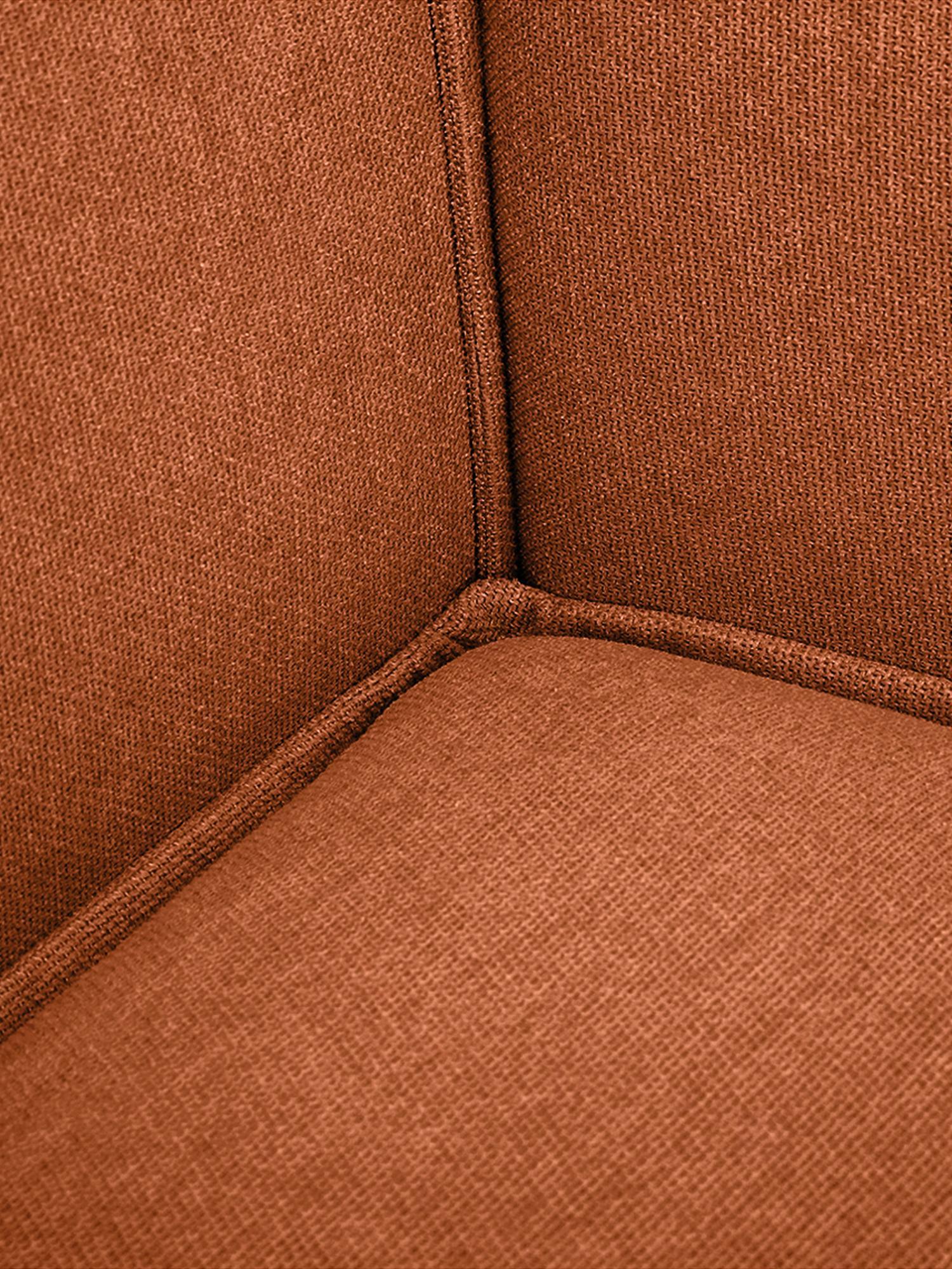 Modulares Sofa Lennon (3-Sitzer), Bezug: Polyester Der hochwertige, Gestell: Massives Kiefernholz, Spe, Füße: Kunststoff, Webstoff Terrakotta, B 238 x T 119 cm
