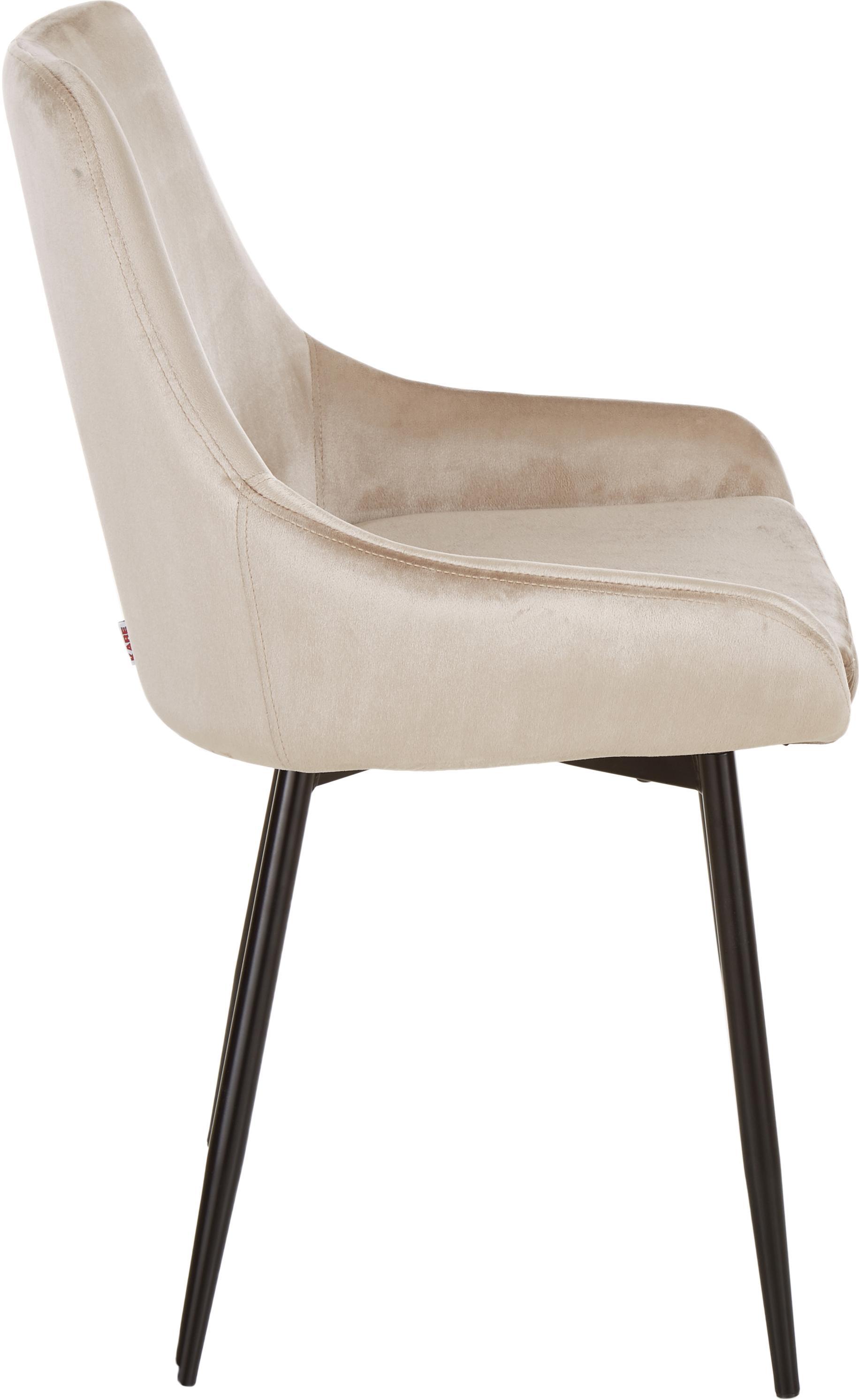 Samt-Stühle East Side, 2 Stück, Bezug: Polyestersamt, Korpus: Furnierschichtholz, natur, Beine: Metall, pulverbeschichtet, Samt Beige, Beine Schwarz, B 52 x T 59 cm