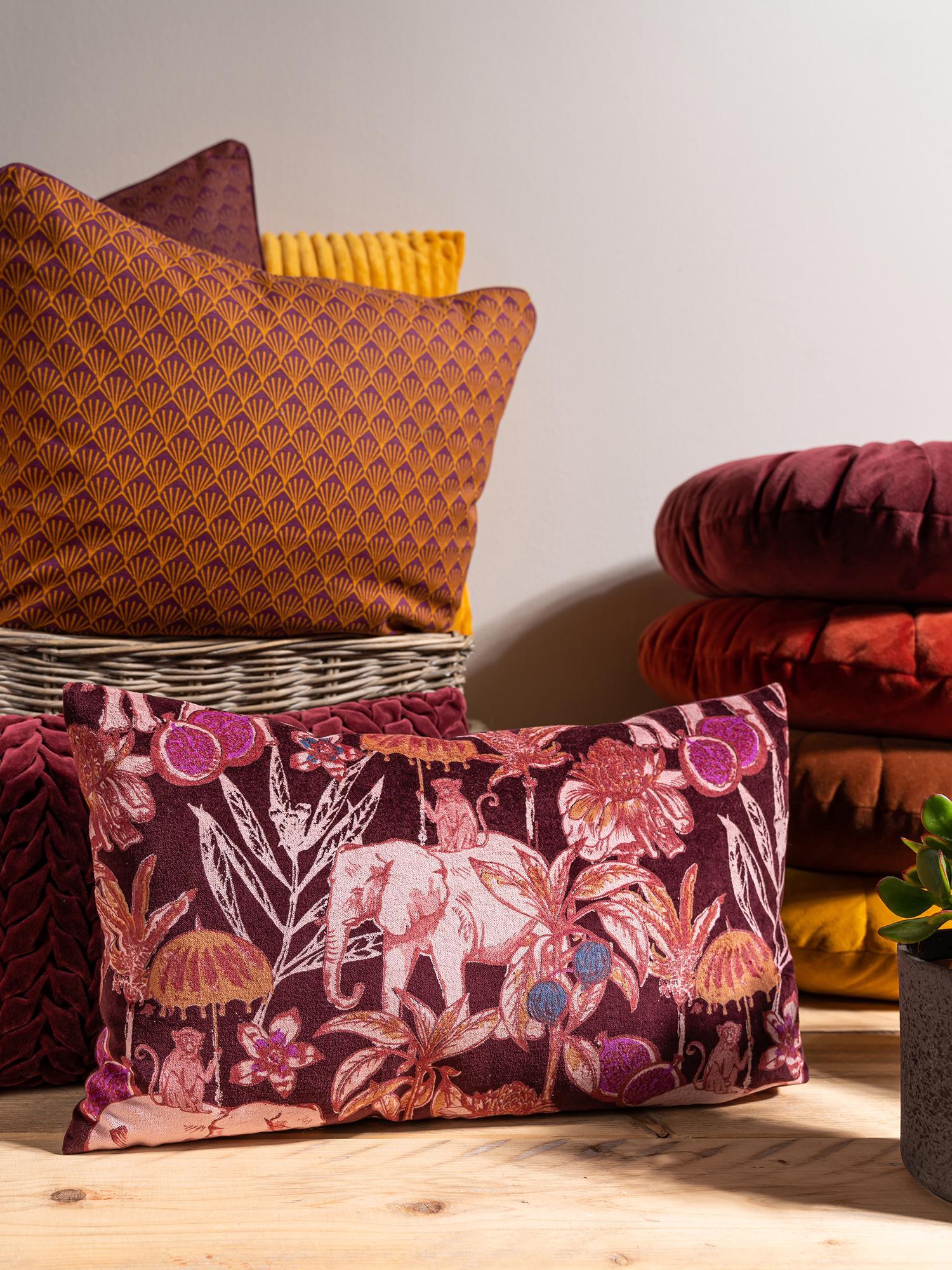 Poduszka z aksamitu z wypełnieniem Elephant, Tapicerka: 100% bawełna, aksamit, Bordowy, wielobarwny, S 30 x D 50 cm