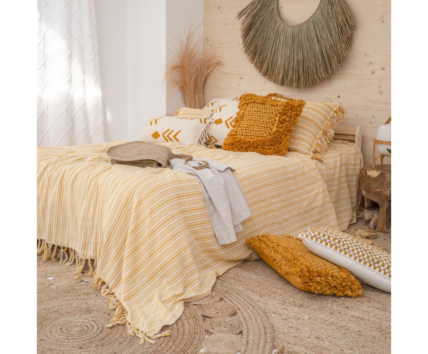 Gestreifte Tagesdecke Puket mit Fransen, 100% Baumwolle, Senfgelb, Gebrochenes Weiß, 180 x 260 cm
