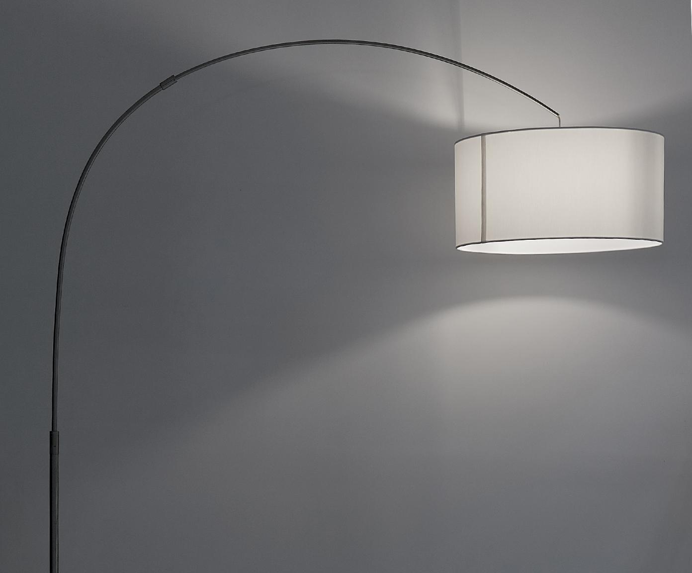 Booglamp Niels, Lampvoet: geborsteld metaal, Lampenkap: katoenmix, Lampenkap: wit. Lampvoet: chroomkleurig. Snoer: transparant, 157 x 218 cm