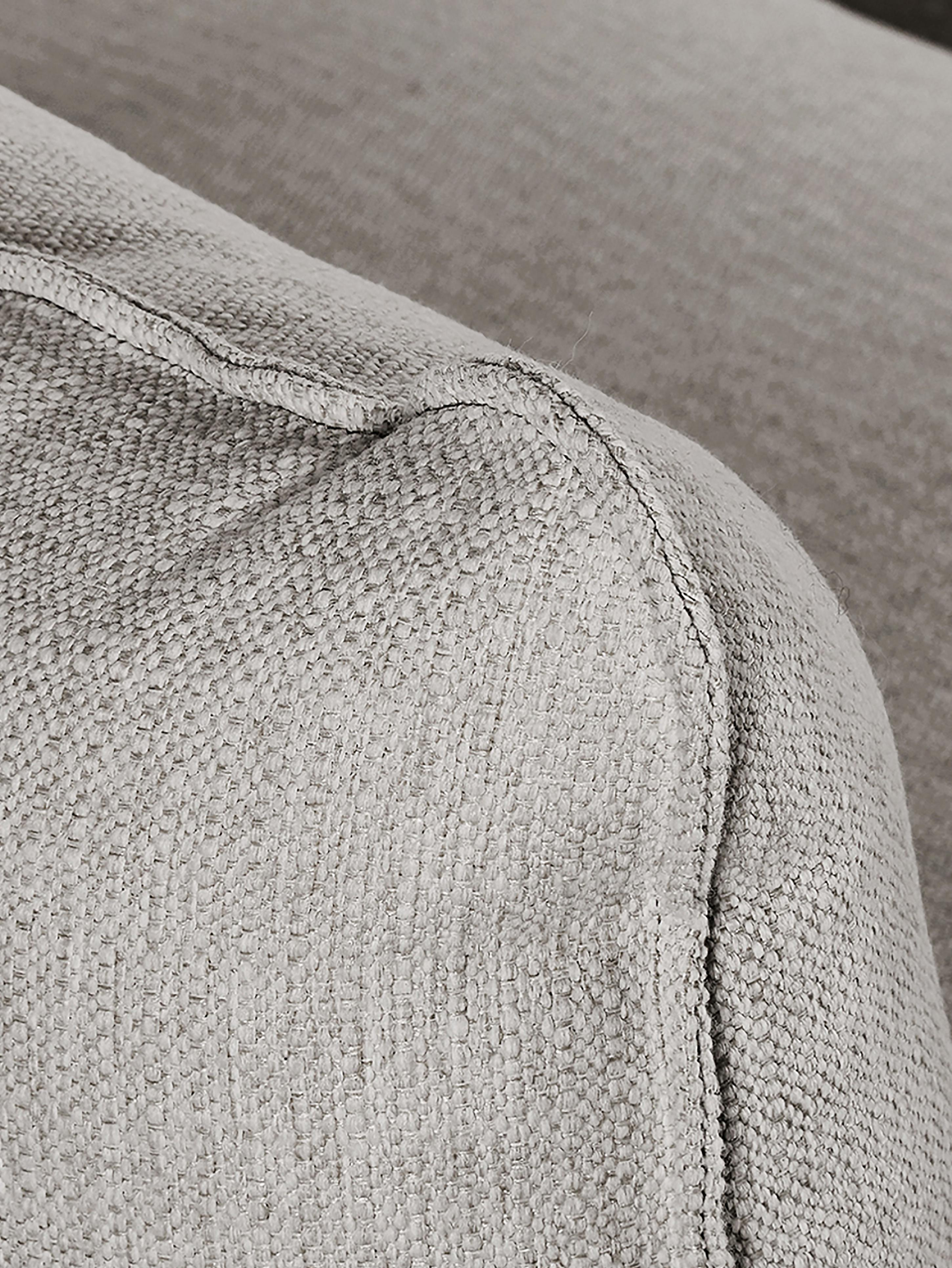 XL-Ecksofa Tribeca, Bezug: Polyester Der hochwertige, Gestell: Massives Kiefernholz, Füße: Massives Buchenholz, lack, Webstoff Beigegrau, B 405 x T 228 cm