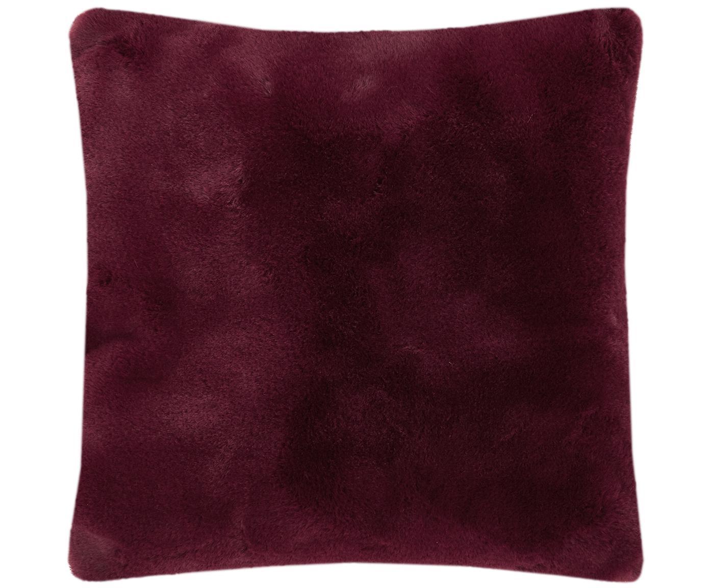 Sehr flauschige Kunstfell-Kissenhülle Mette, glatt, Vorderseite: 100% Polyester, Rückseite: 100% Polyester, Dunkelrot, 45 x 45 cm