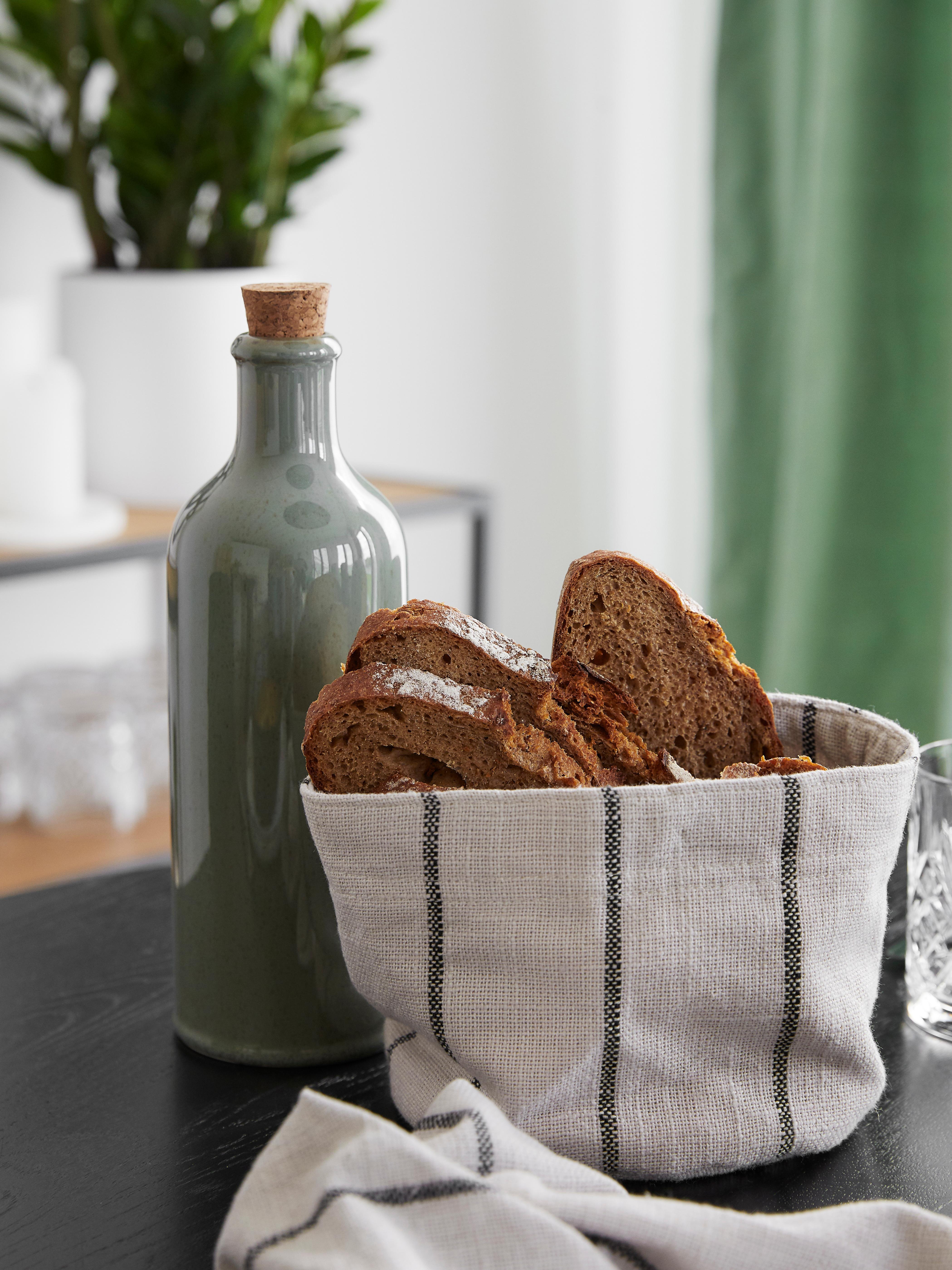 Handgemachte Essig- und Öl-Karaffe Pixie, luftdicht, Flasche: Steingut, Verschluss: Korken, Grüntöne, Ø 8 x H 25 cm