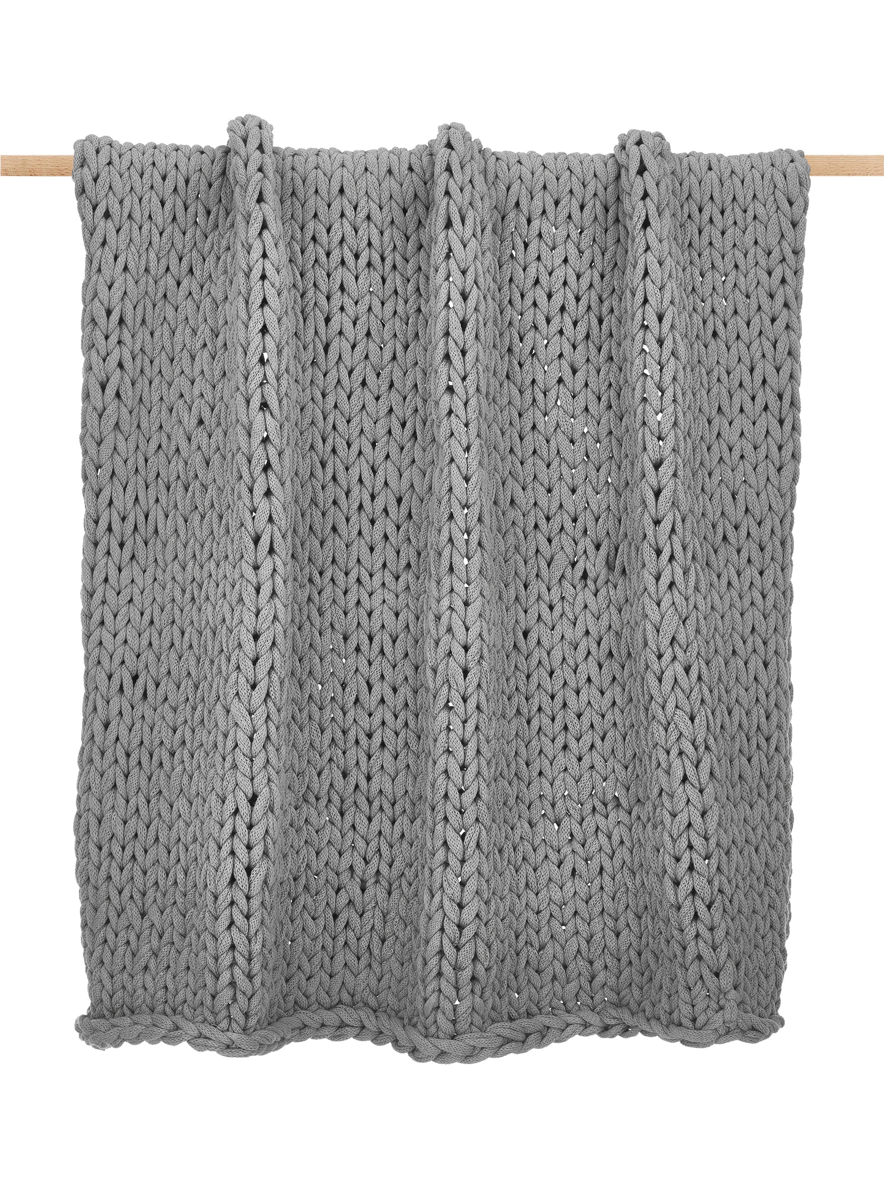 Grofgebreide plaid Adyna in lichtgrijs, 100% polyacryl, Lichtgrijs, 130 x 170 cm