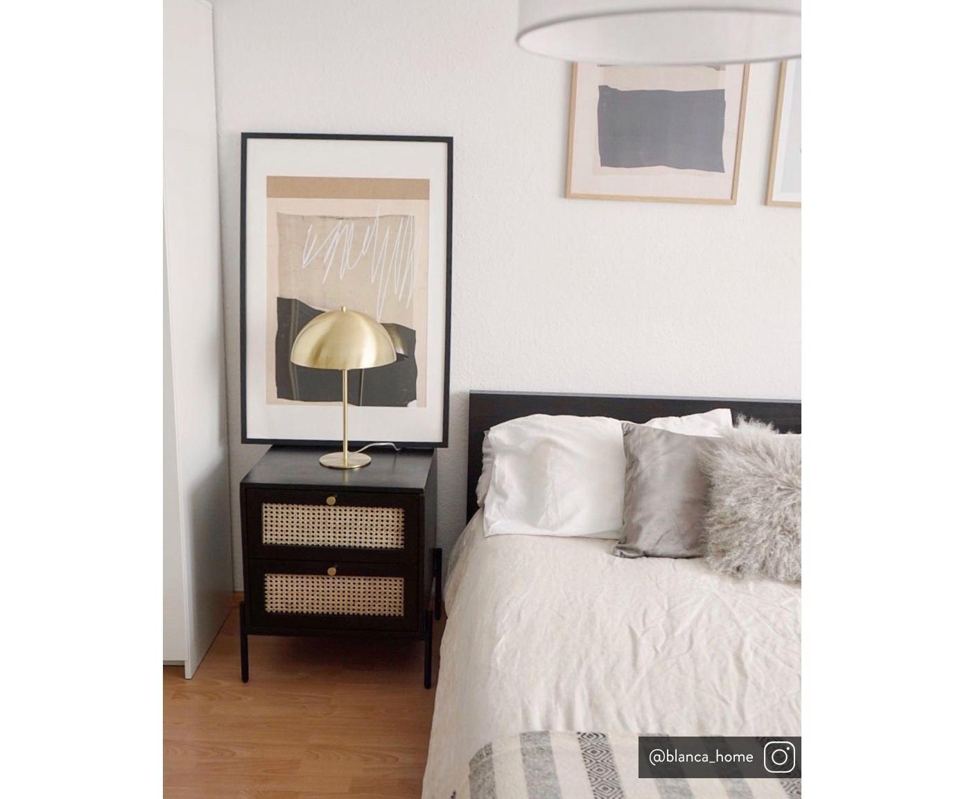 Nachtkastje Vienna, Frame: gelakt massief mangohout, Poten: gepoedercoat metaal Bambo, Zwart, beige, goudkleurig, 45 x 55 cm