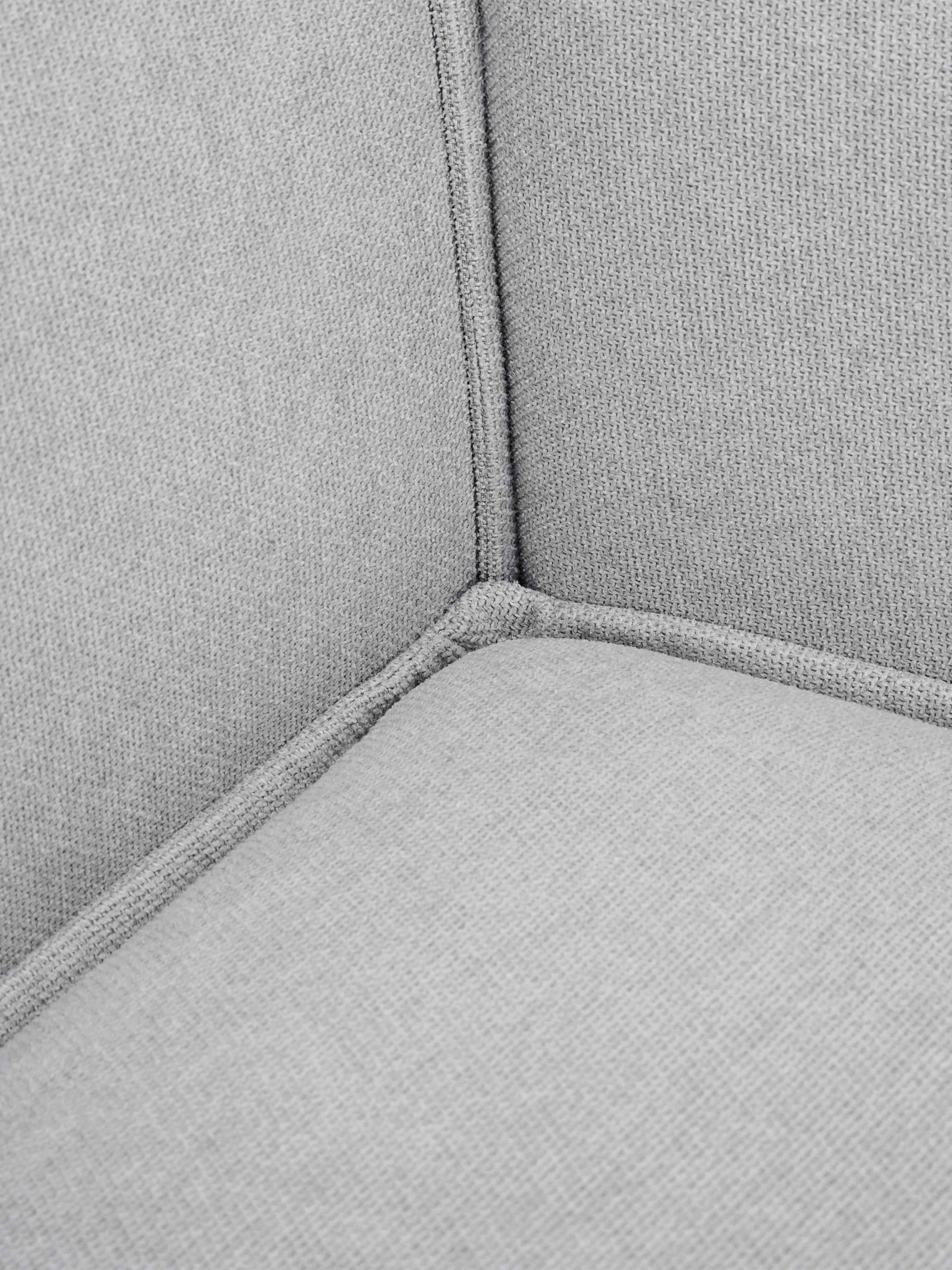 Modulares Sofa Lennon (3-Sitzer), Bezug: Polyester 35.000 Scheuert, Gestell: Massives Kiefernholz, Spe, Füße: Kunststoff, Webstoff Hellgrau, B 238 x T 119 cm
