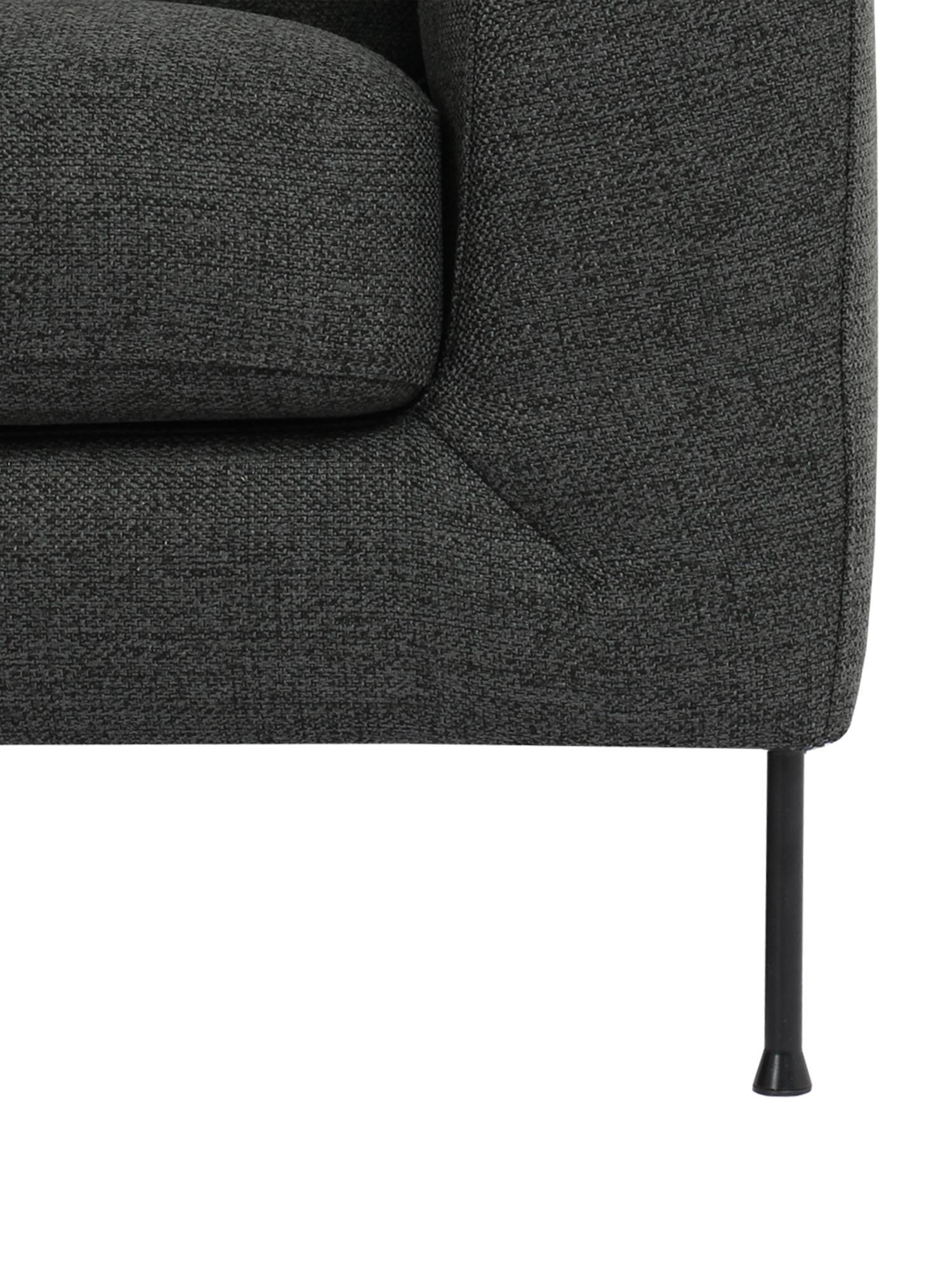 Ecksofa Cucita (3-Sitzer), Bezug: Webstoff (Polyester) Der , Gestell: Massives Kiefernholz, Füße: Metall, lackiert, Webstoff Anthrazit, B 262 x T 163 cm