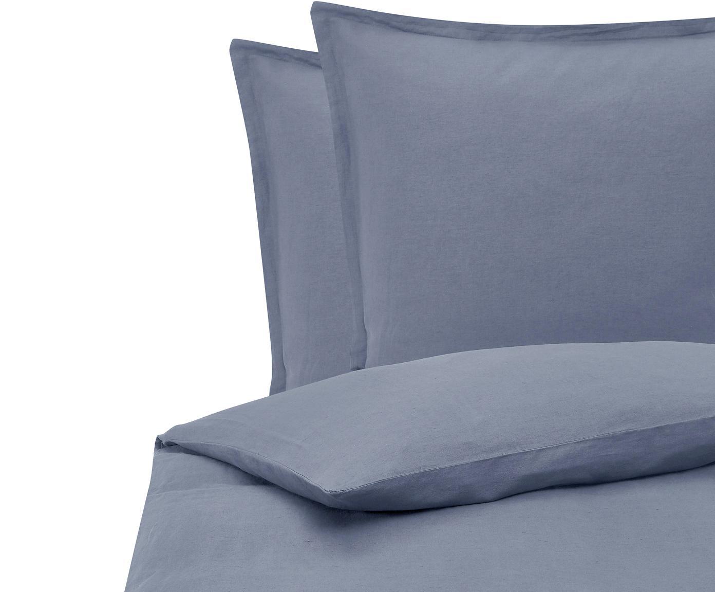 Gewaschene Leinen-Bettwäsche Nature in Blau, Halbleinen (52% Leinen, 48% Baumwolle)  Fadendichte 108 TC, Standard Qualität  Halbleinen hat von Natur aus einen kernigen Griff und einen natürlichen Knitterlook, der durch den Stonewash-Effekt verstärkt wird. Es absorbiert bis zu 35% Luftfeuchtigkeit, trocknet sehr schnell und wirkt in Sommernächten angenehm kühlend. Die hohe Reißfestigkeit macht Halbleinen scheuerfest und strapazierfähig., Blau, 200 x 200 cm + 2 Kissen 80 x 80 cm