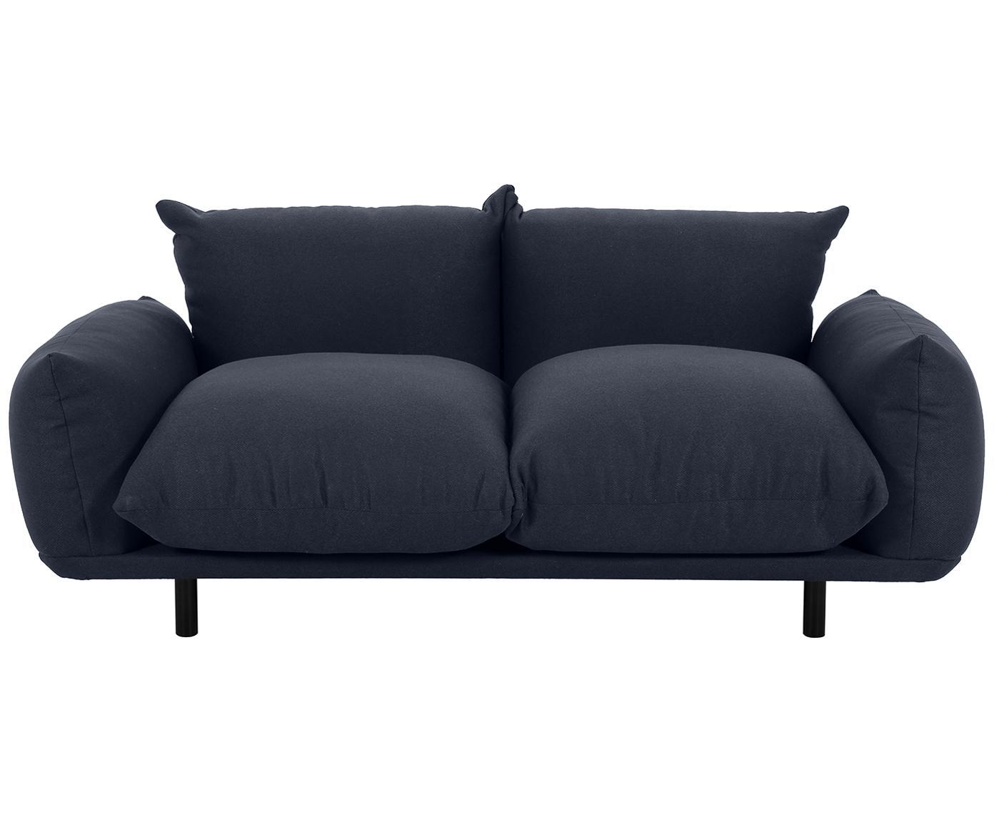 Bank Saga (3-zits), Bekleding: 100% polyester, Frame: massief berkenhout, Poten: gepoedercoat metaal, Donkerblauw, B 170 x D 103 cm