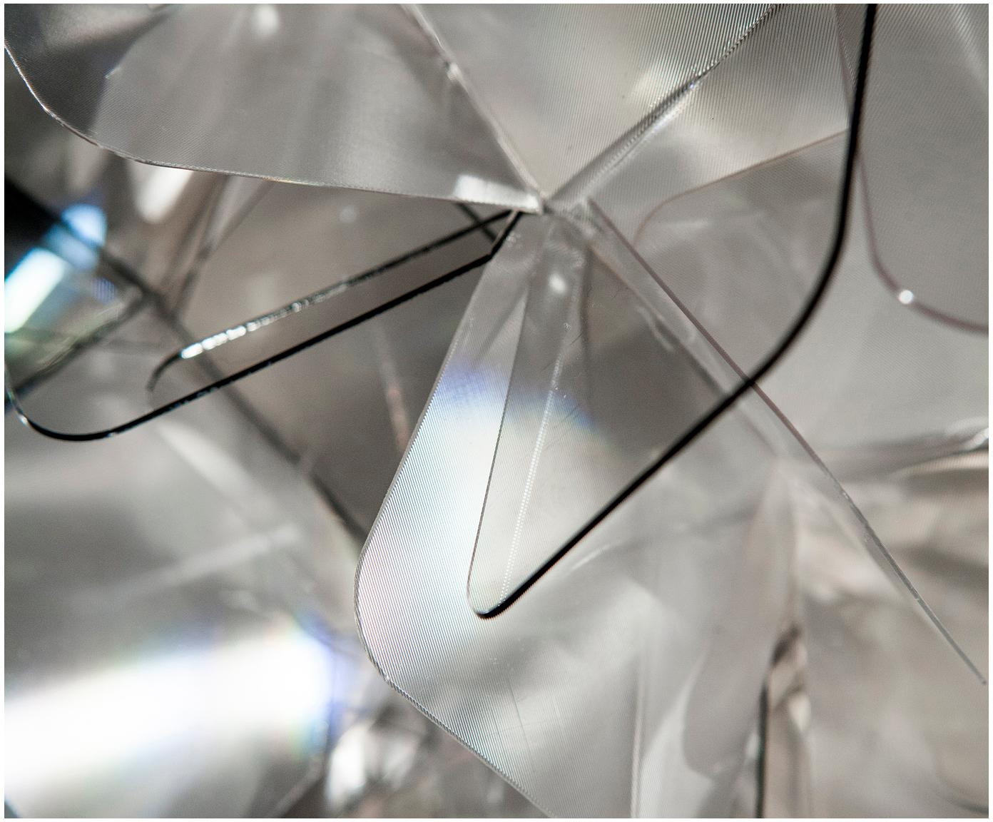 Ręcznie wykonany kinkiet/lampa sufitowa Clizia, Technopolymere Lentiflex®, odbijający światło i Cristalflex®, nietłukący się, elastyczny, Jasny szary, transparentny, Ø 53 x W 20 cm