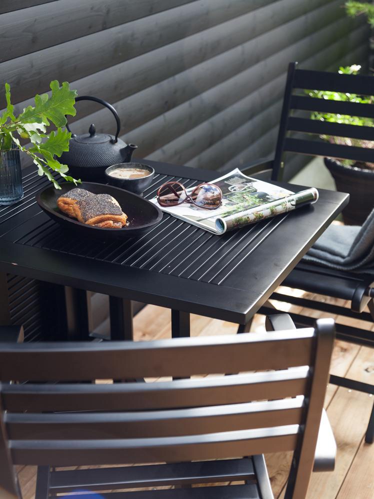 Verlengbare tuintafel Butterfly van hout, Gepolijst en gelakt teakhout, Zwart, 130 x 72 cm
