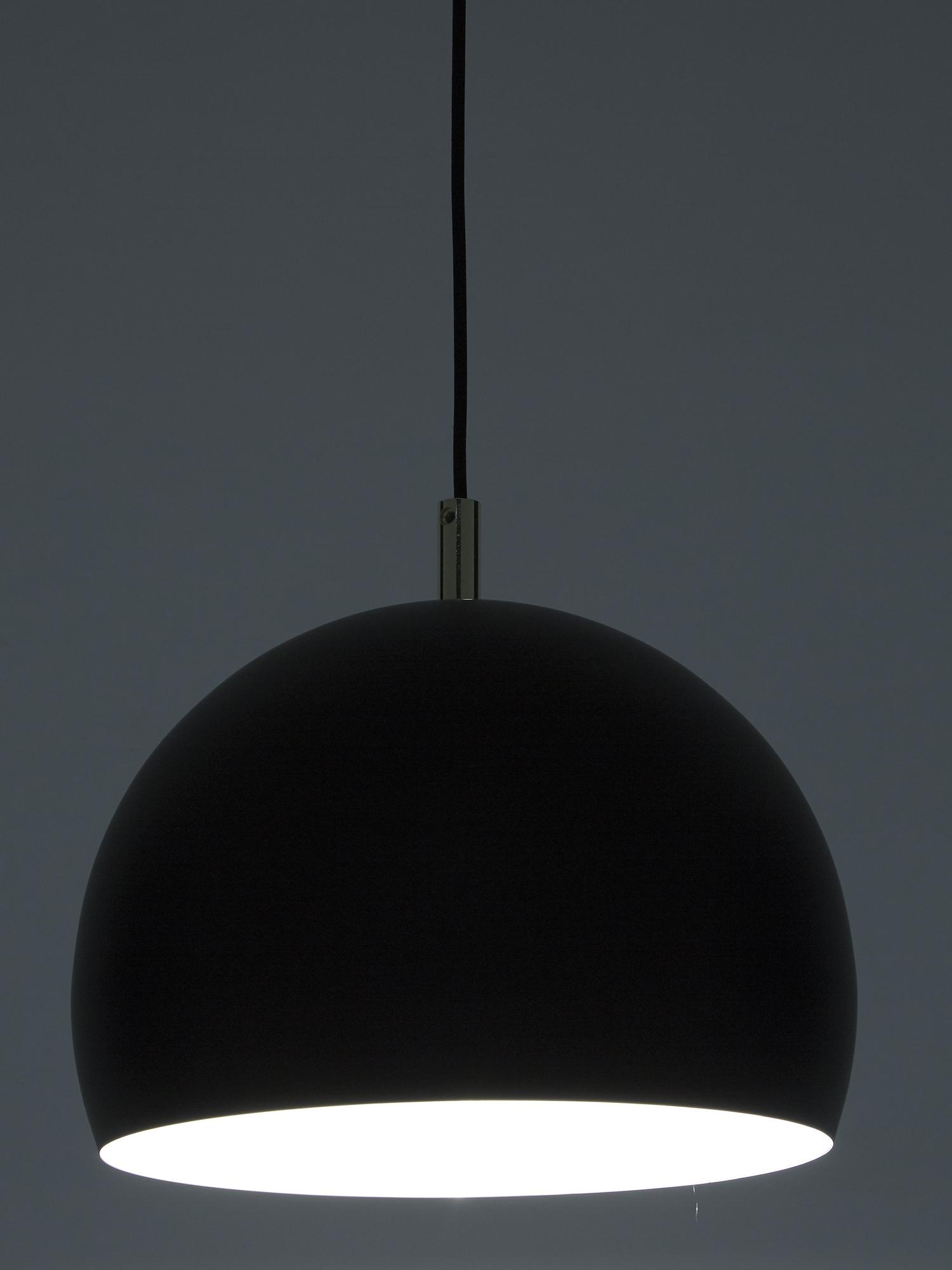 Závesná kovová lampa Wilma, Čierna