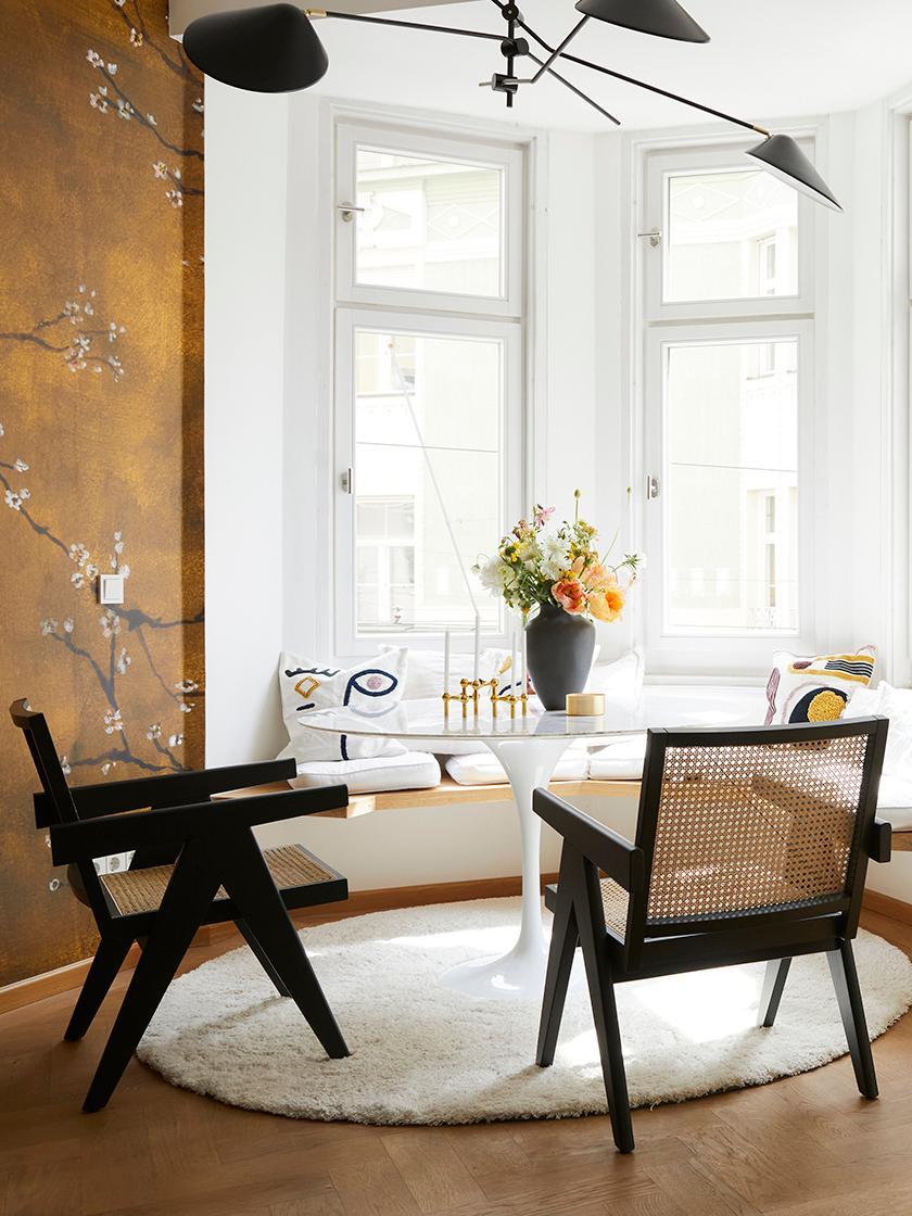 Sedia con braccioli e intreccio viennese Sissi, Struttura: legno di faggio massiccio, Seduta: rattan, Rattan, nero, Larg. 52 x Prof. 58 cm