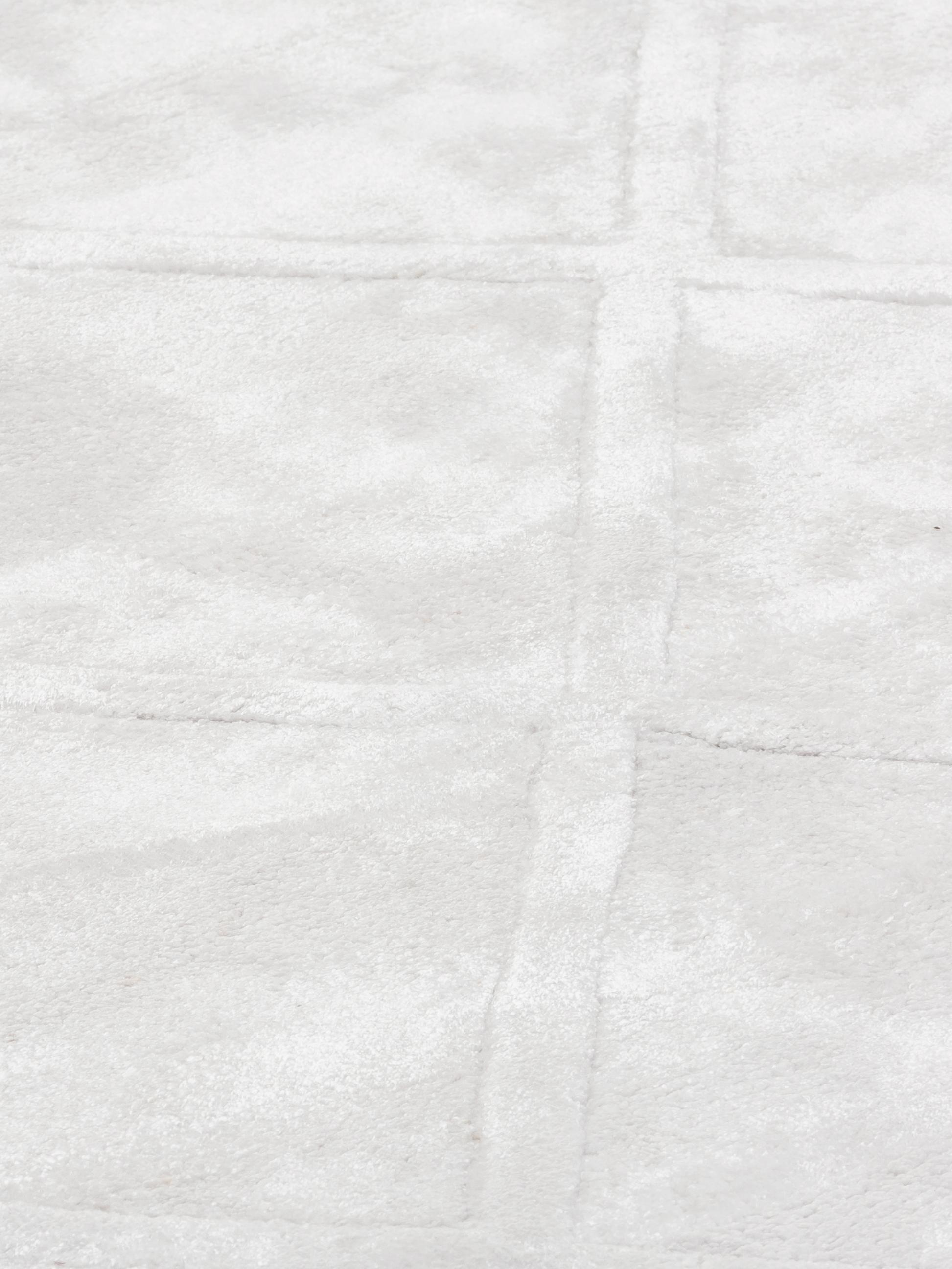 Ręcznie tuftowany dywan z wiskozy Shiny, Kremowy, S 120 x D 180 cm (Rozmiar S)
