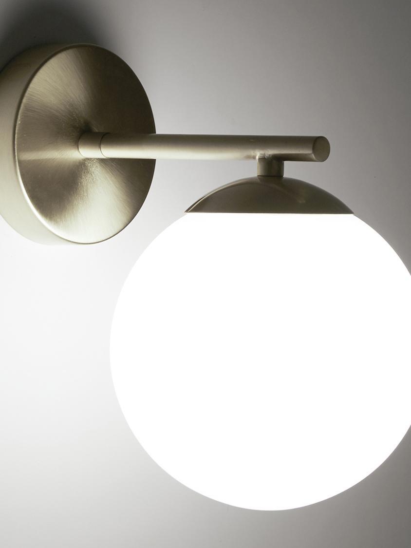 Aplique de vidrio opalino Liv, Pantalla: vidrio, Blanco, latón, An 15 x Al 22 cm