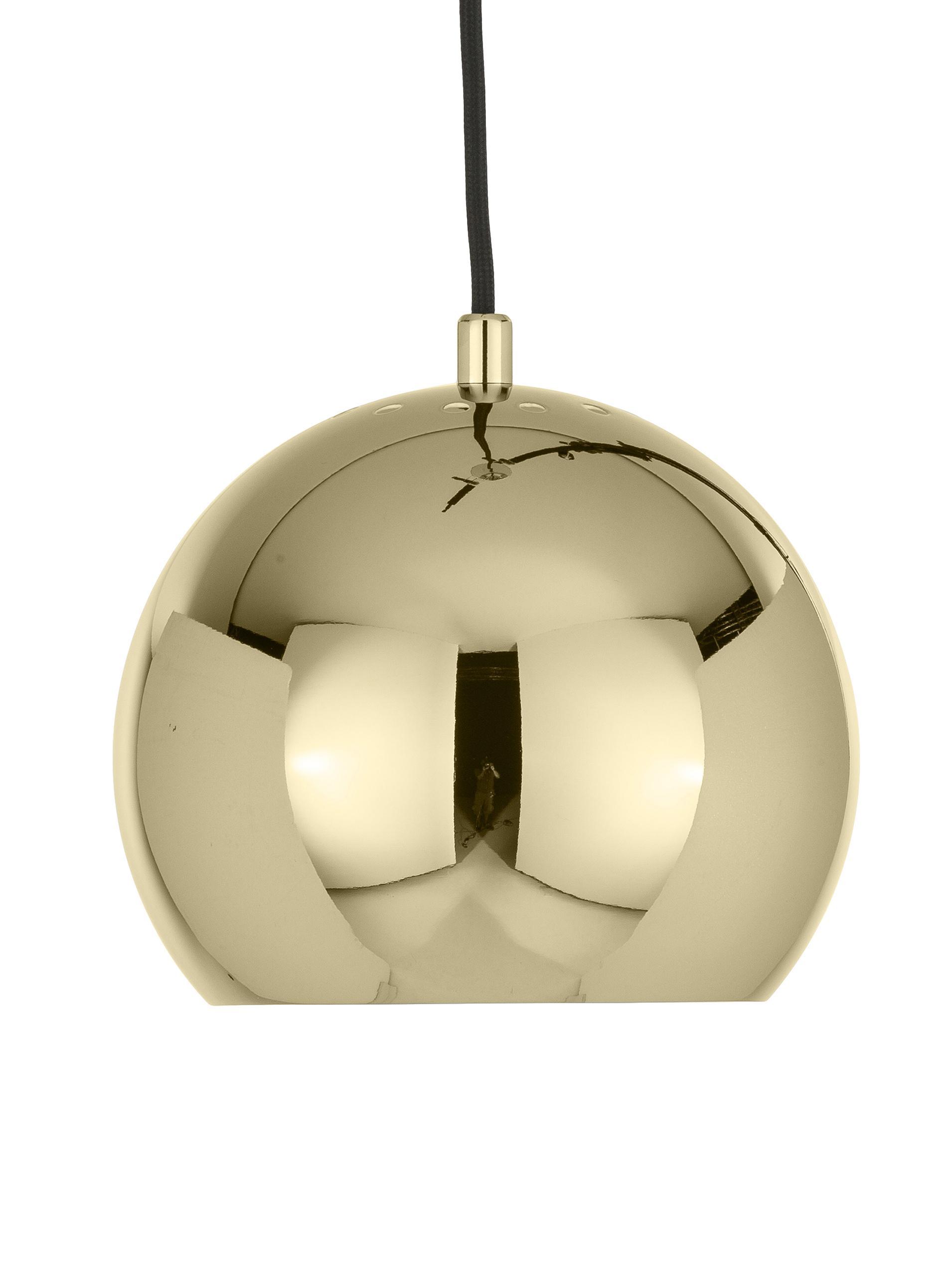 Mała lampa wisząca Ball, Metal powlekany, Odcienie mosiądzu, Ø 18 x W 16 cm