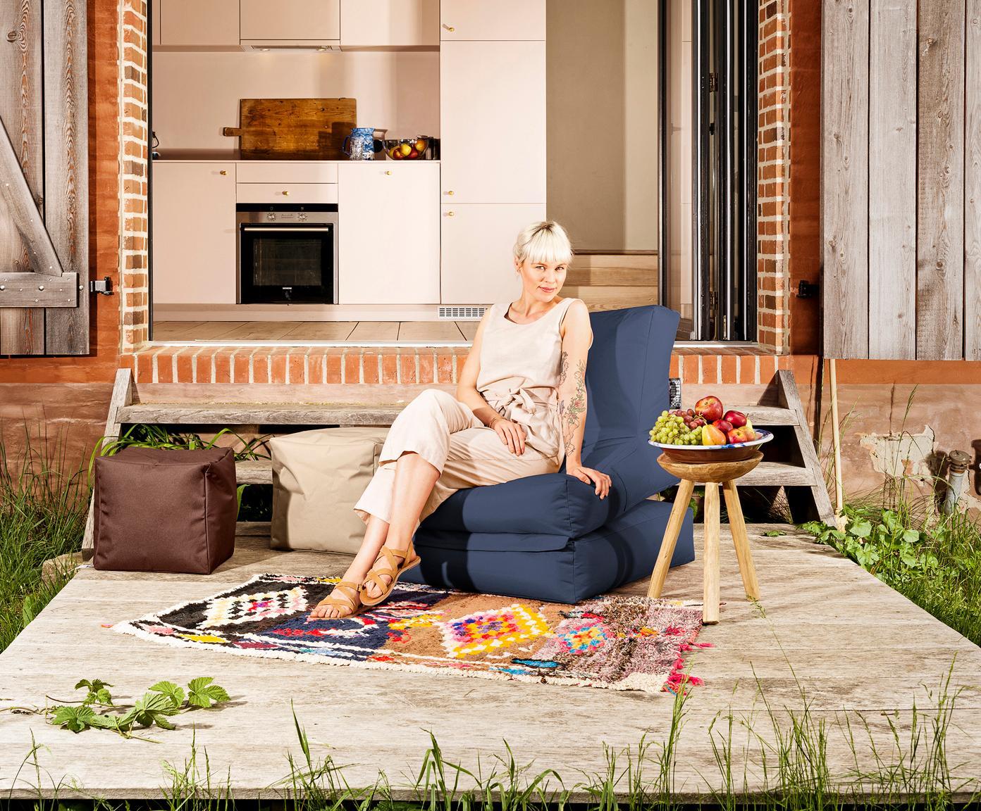 Outdoor loungefauteuil Pop Up met ligfunctie, Jeansblauw, B 70 x D 90 cm